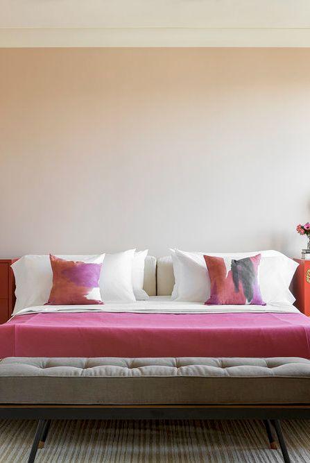 Giường ngủ đương đại