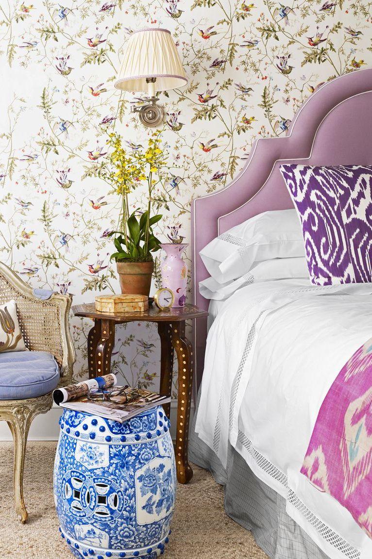 Họa tiết màu tím phòng ngủ