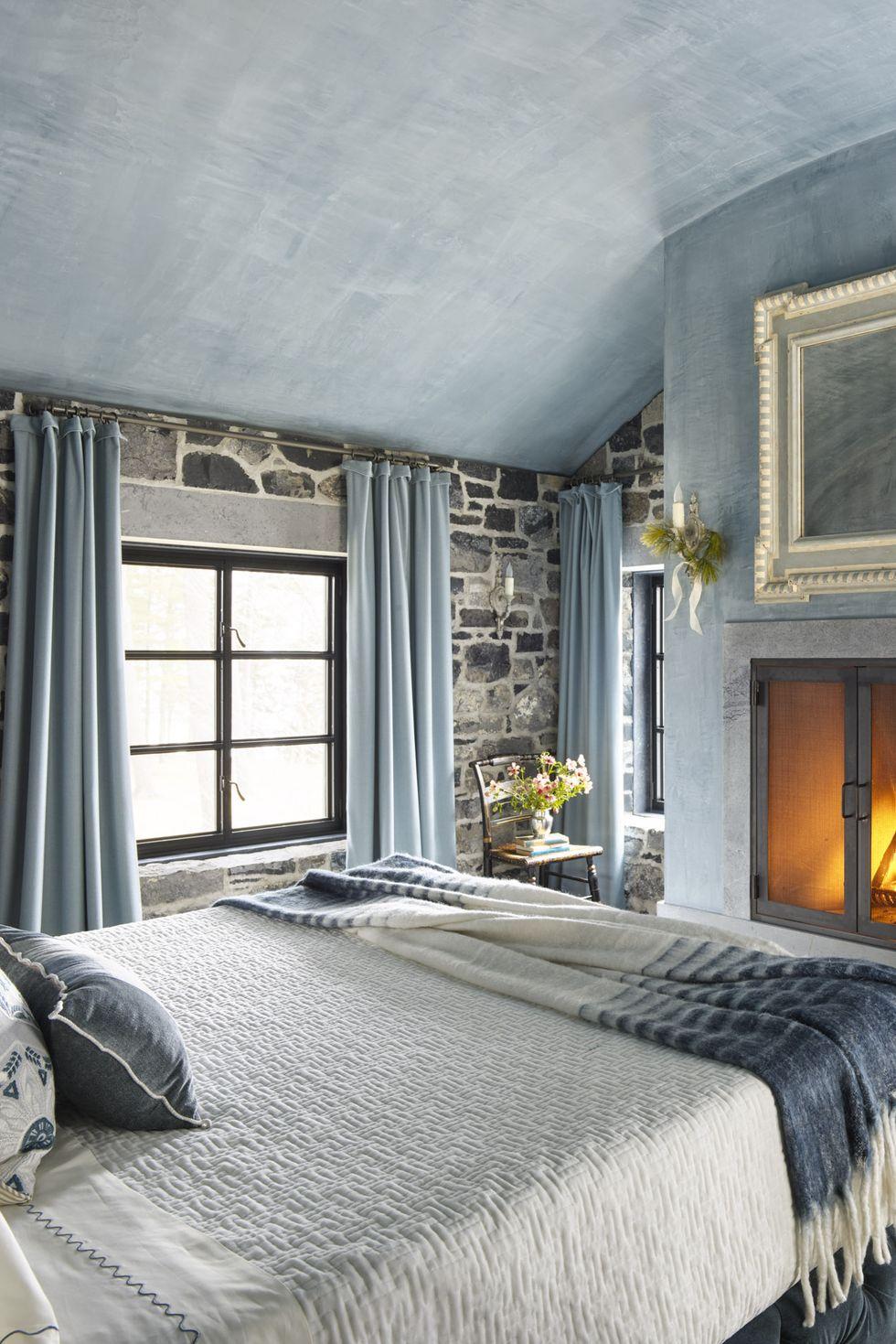 Kết cấu phong phú, màu sơn dịu phòng ngủ