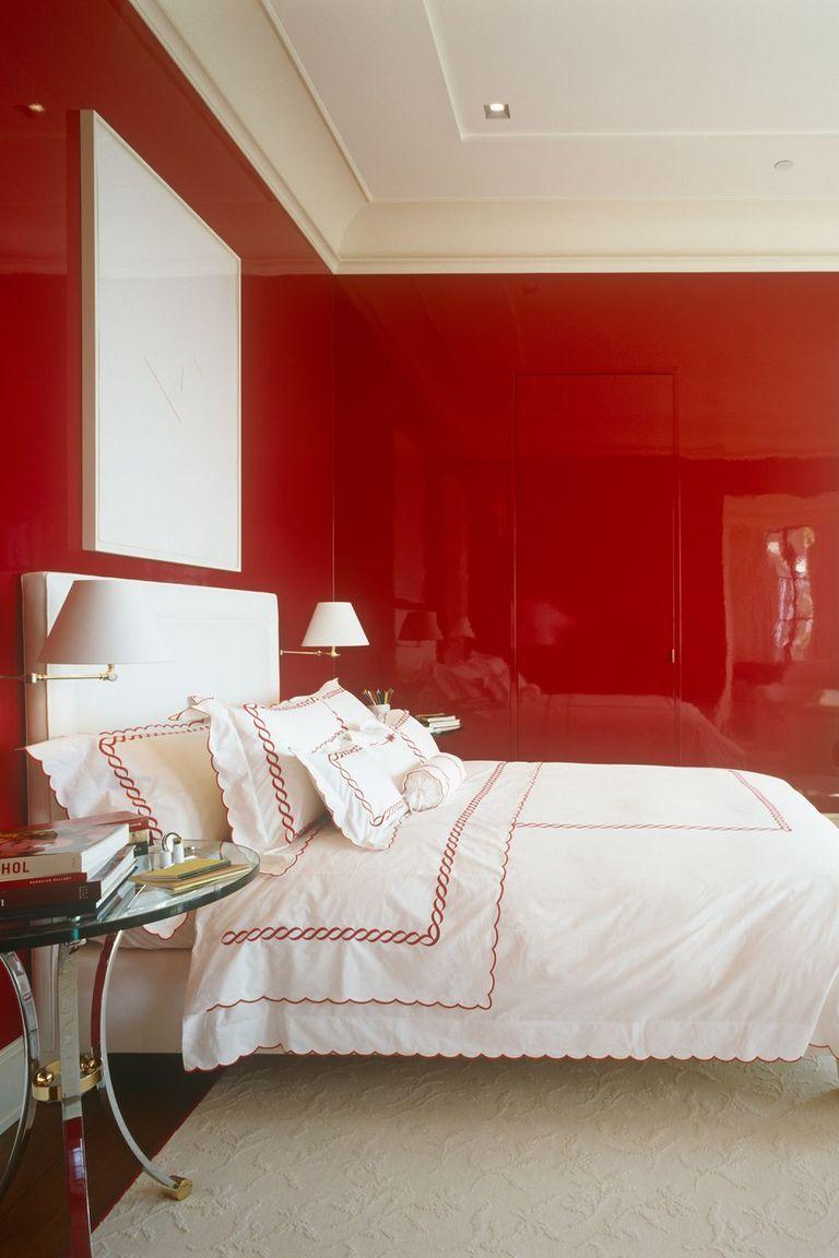 Làm nổi bật bức tưởfng phòng ngủ