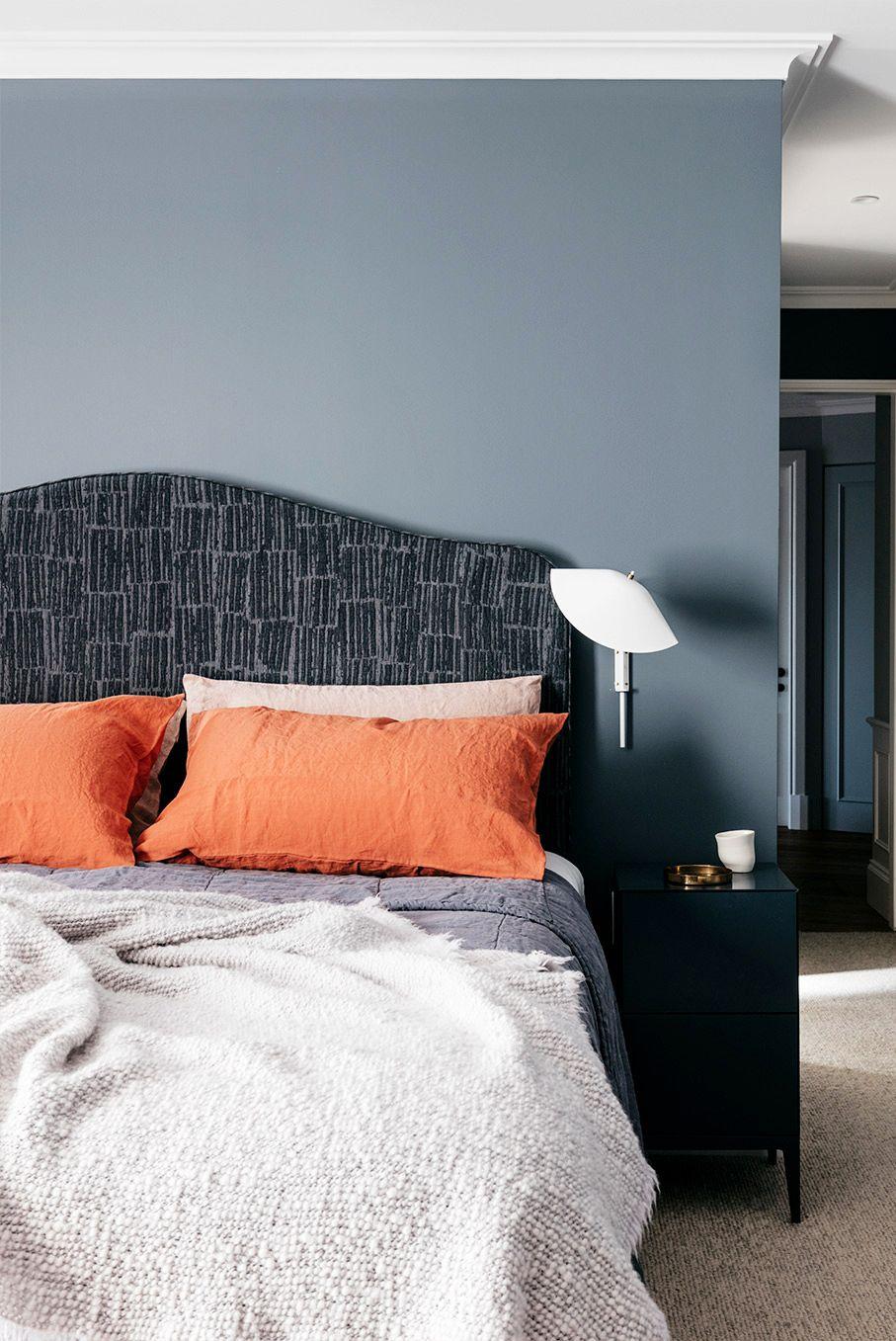 Sơn lại tường phòng ngủ