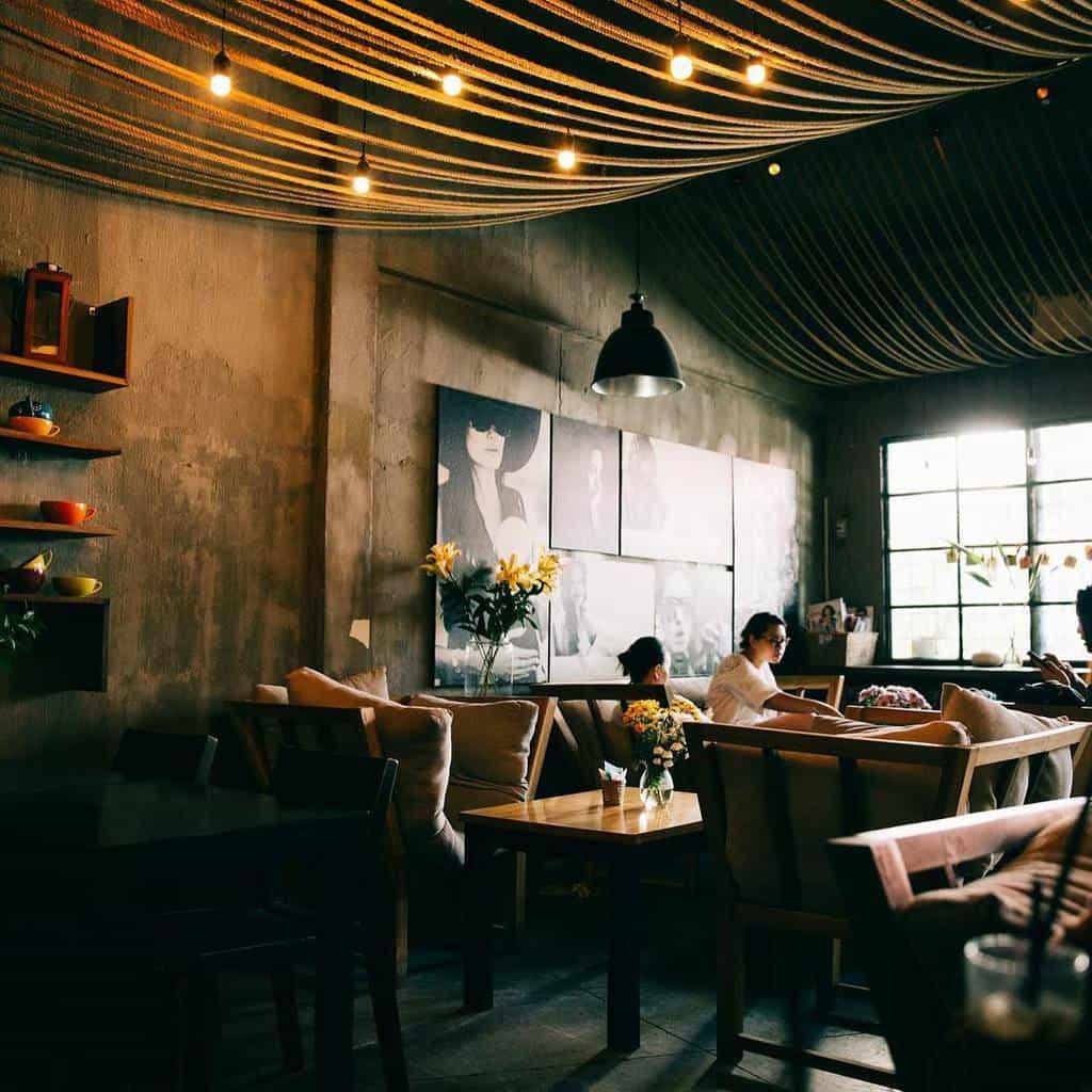Thiết kế quán cafe cổ điển 4