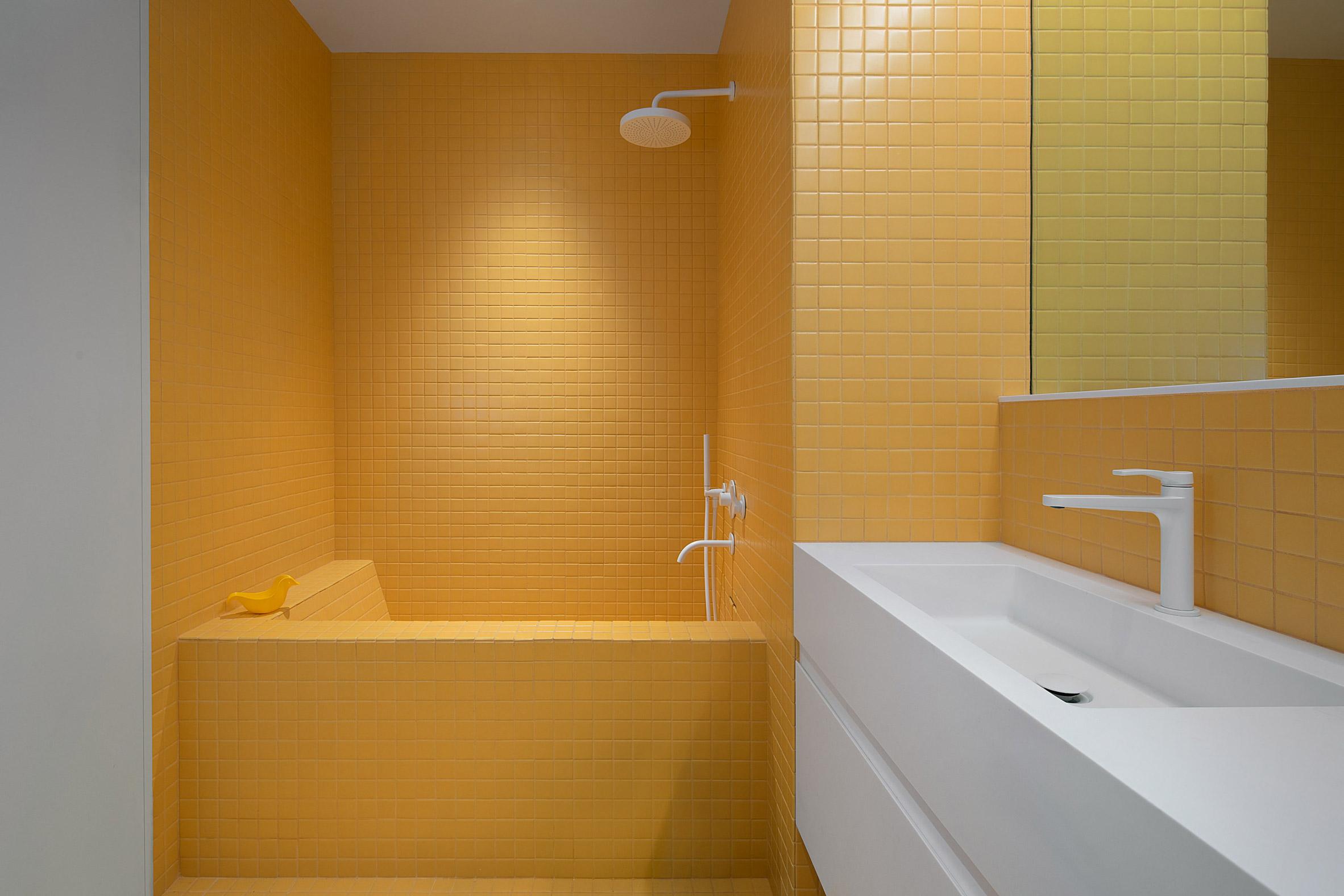 Kết hợp Gỗ và Đá Cẩm Thạch trong thiết kế kiến trúc nội thất 6