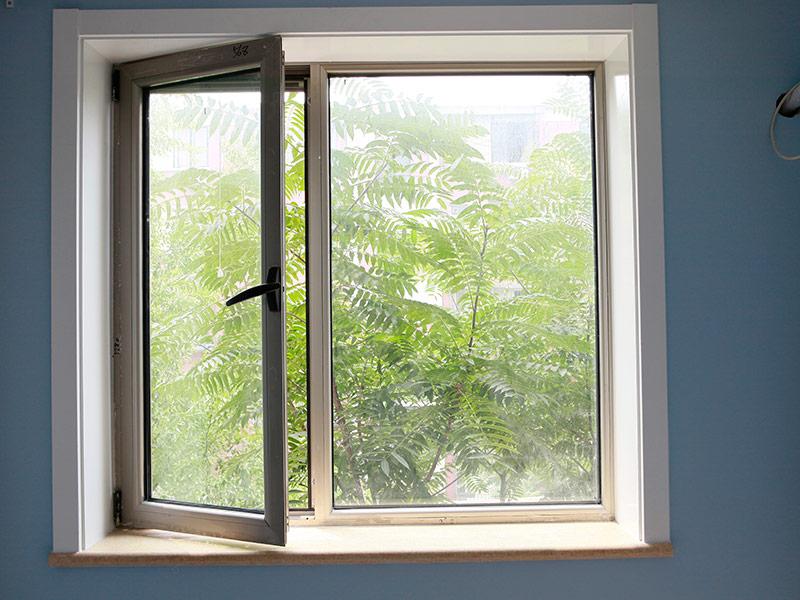 Lấy ánh sáng vào phòng ngủ bằng cửa sổ