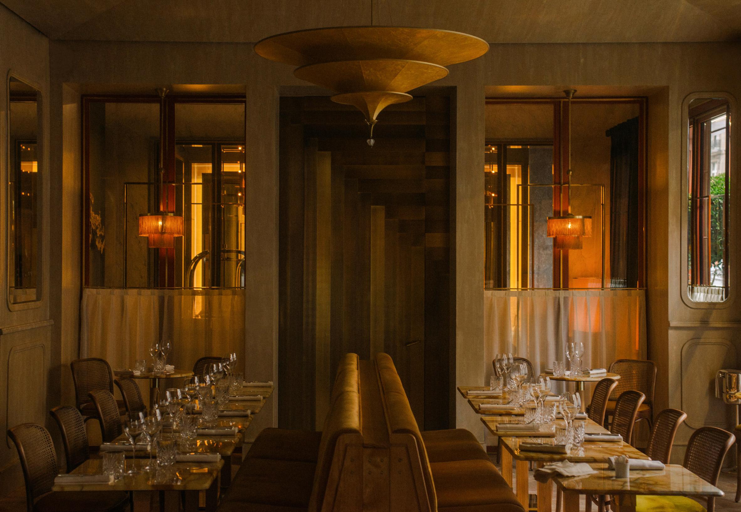 Thiết kế nội thất nhà hàng 10