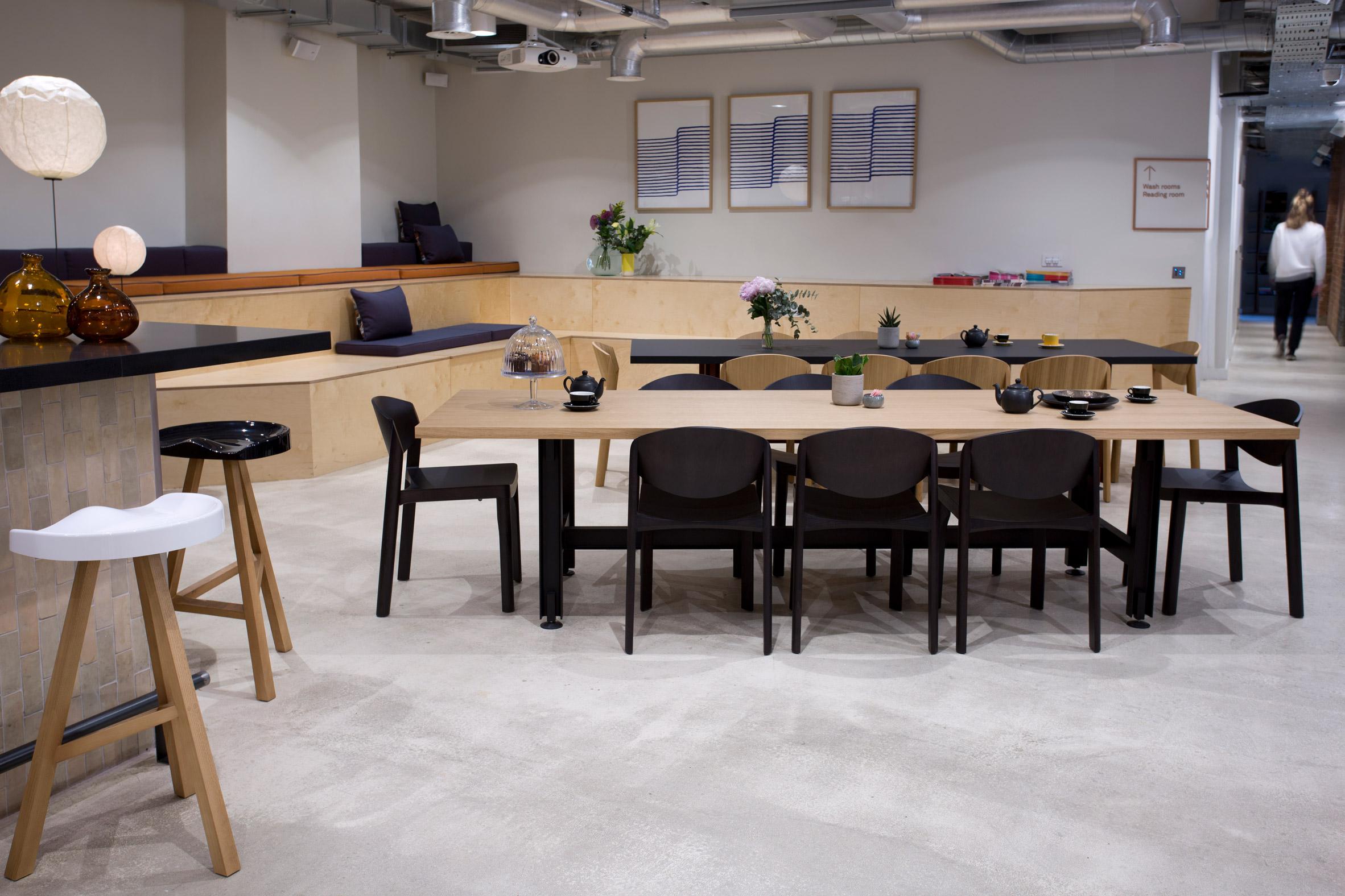 Thiết kế nội thất văn phòng đẹp 2