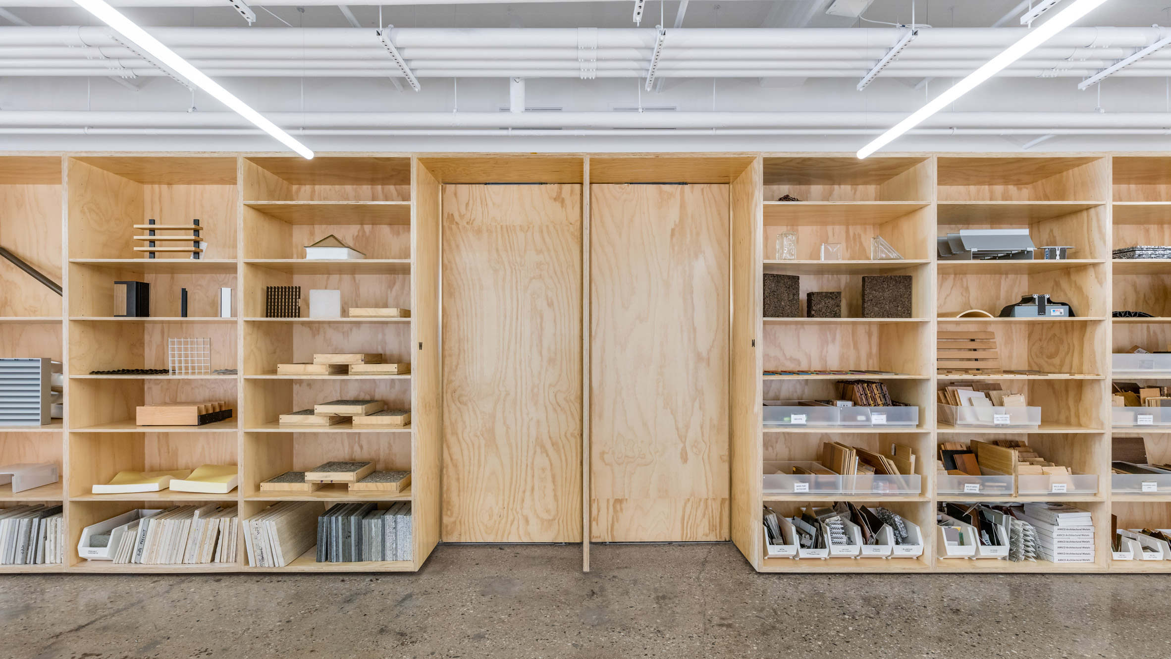 Thiết kế nội thất văn phòng 10