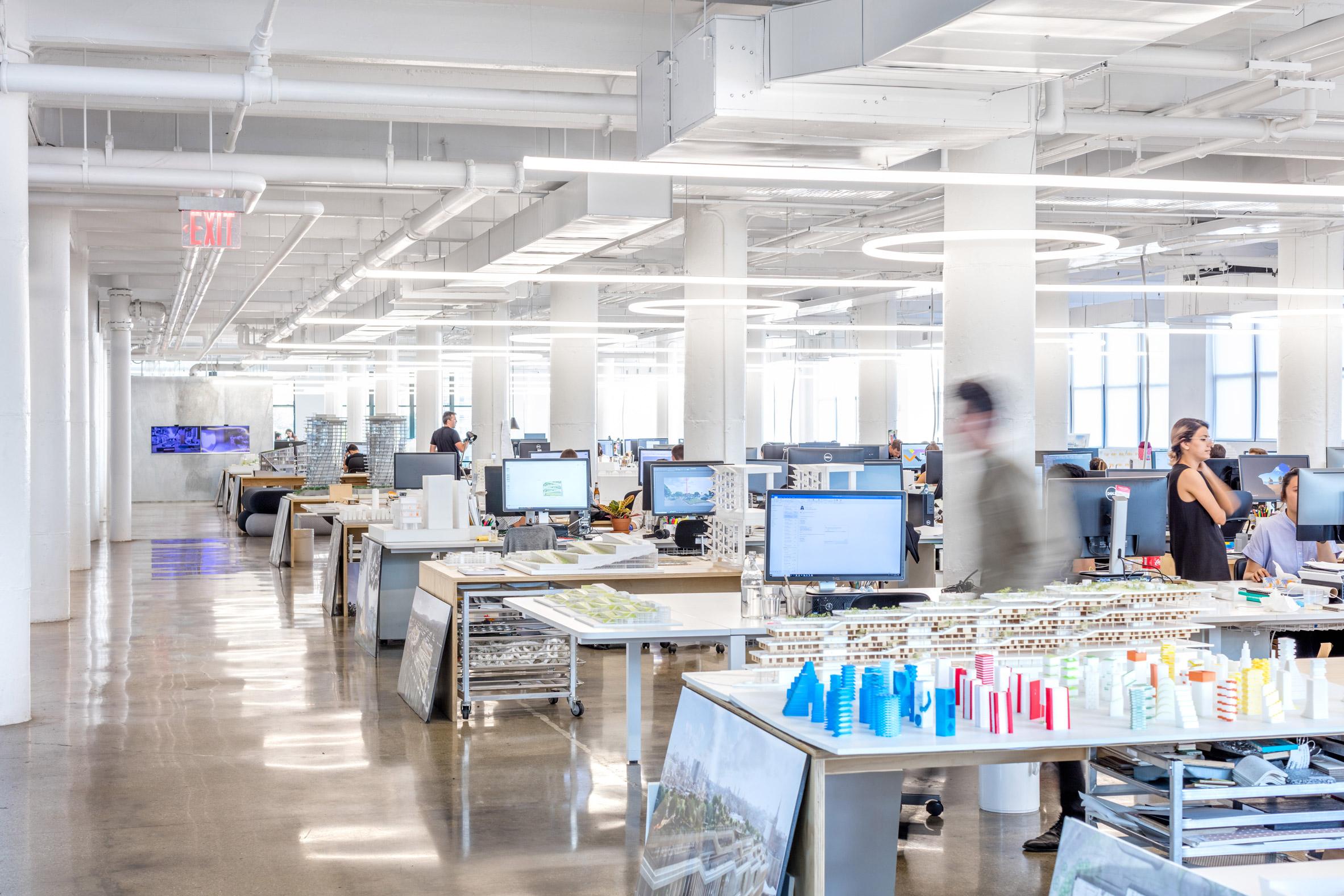 Thiết kế nội thất văn phòng 11