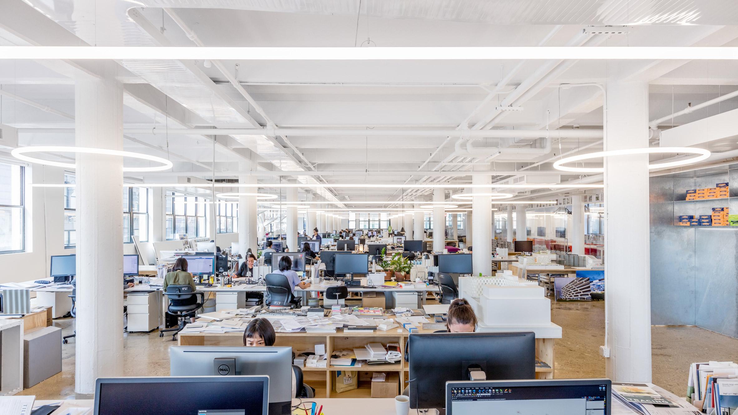 Thiết kế nội thất văn phòng 12