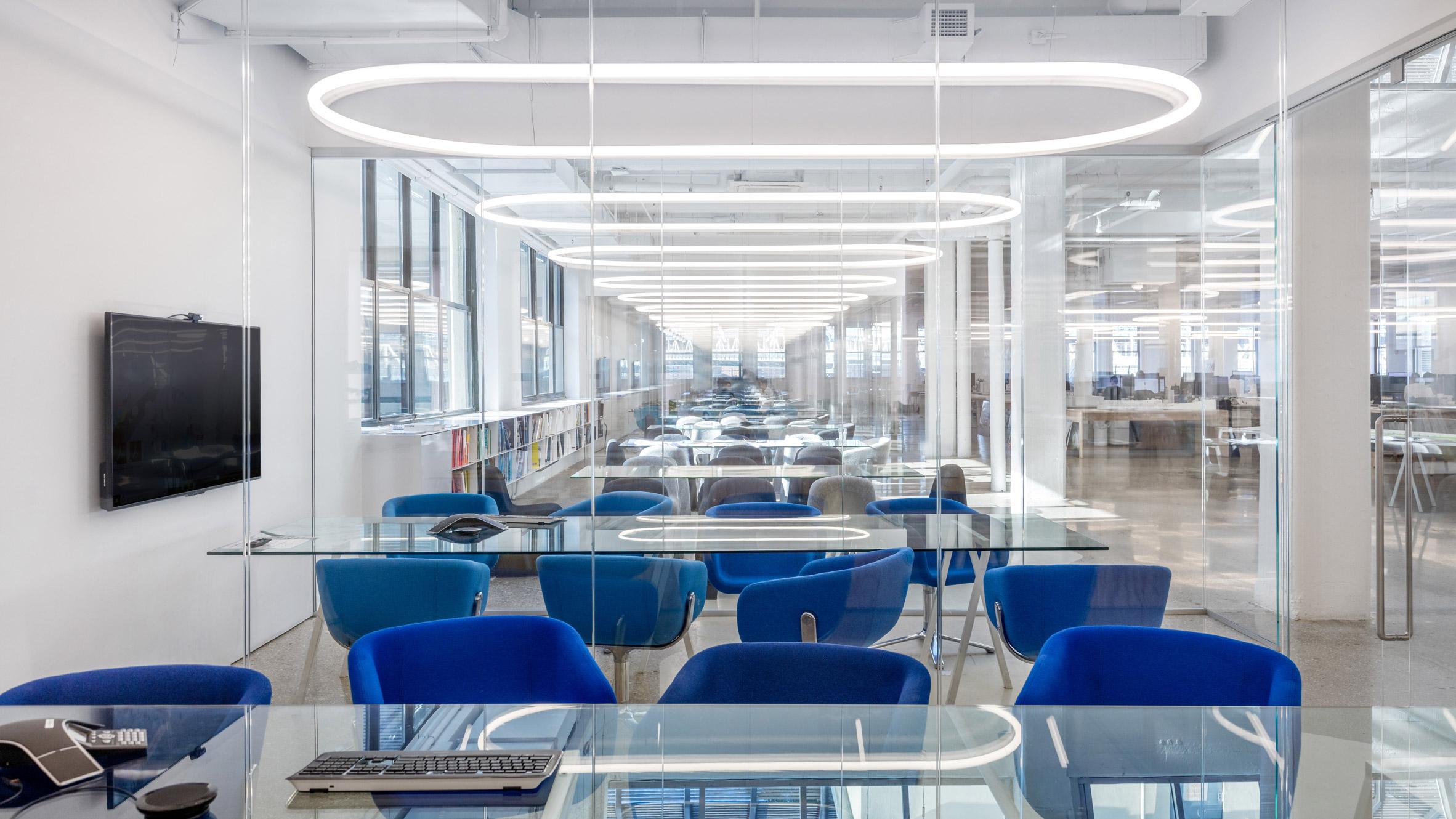 Thiết kế nội thất văn phòng 13