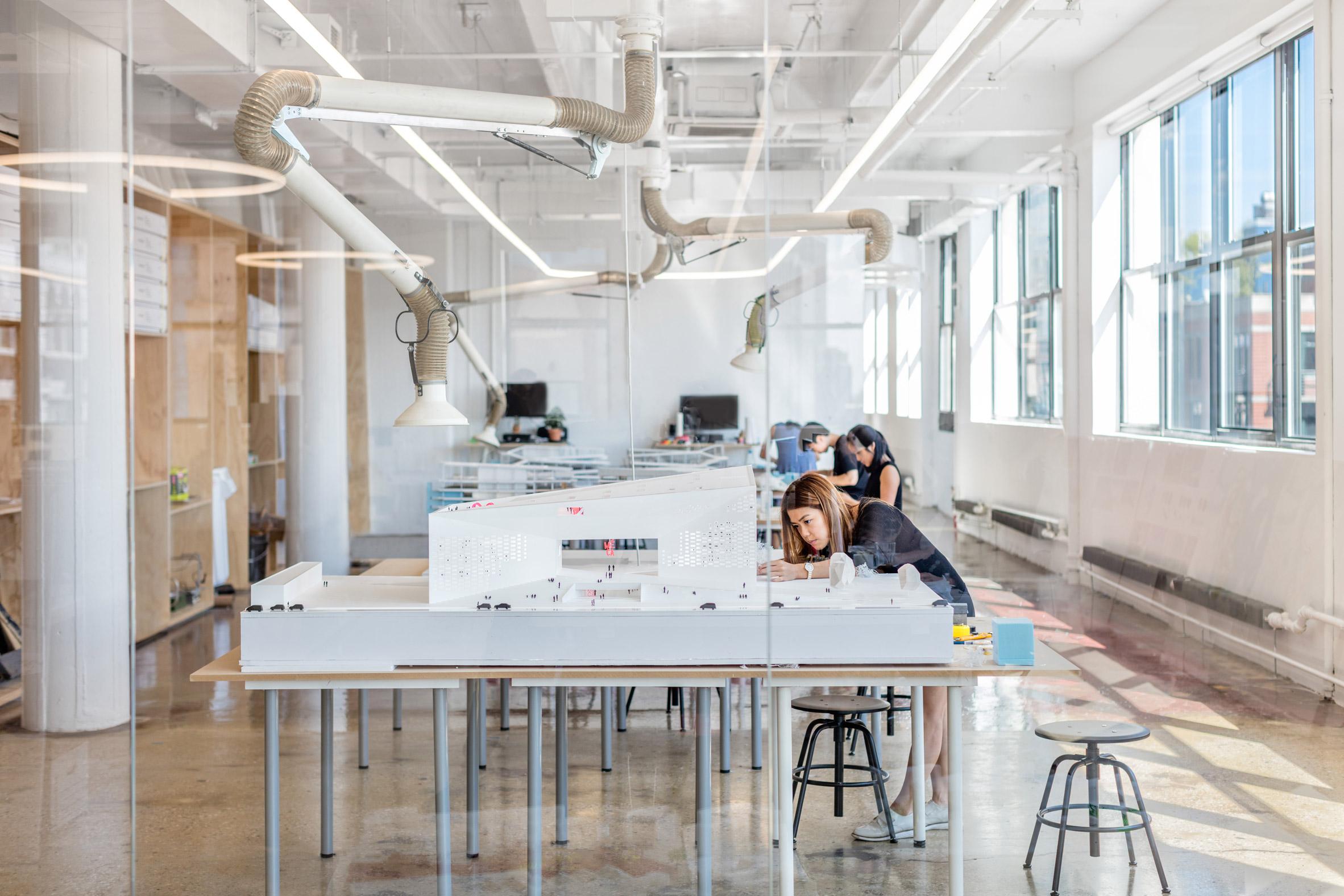 Thiết kế nội thất văn phòng 5