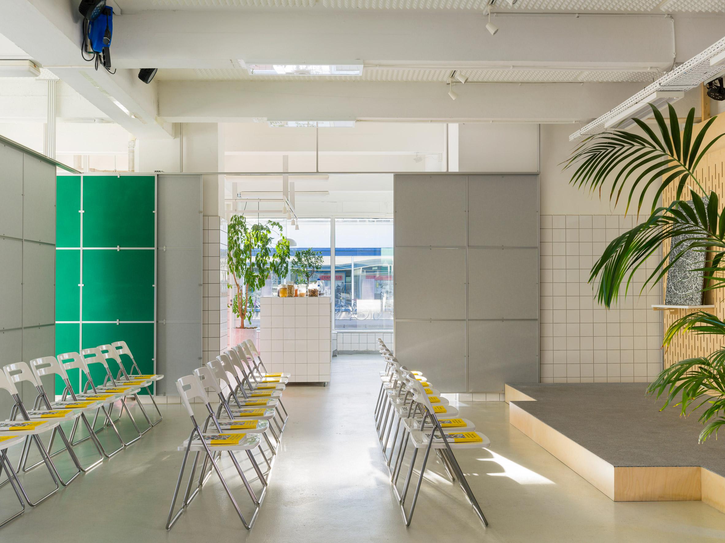 Thiết kế văn phòng 20m2 phân vùng 5