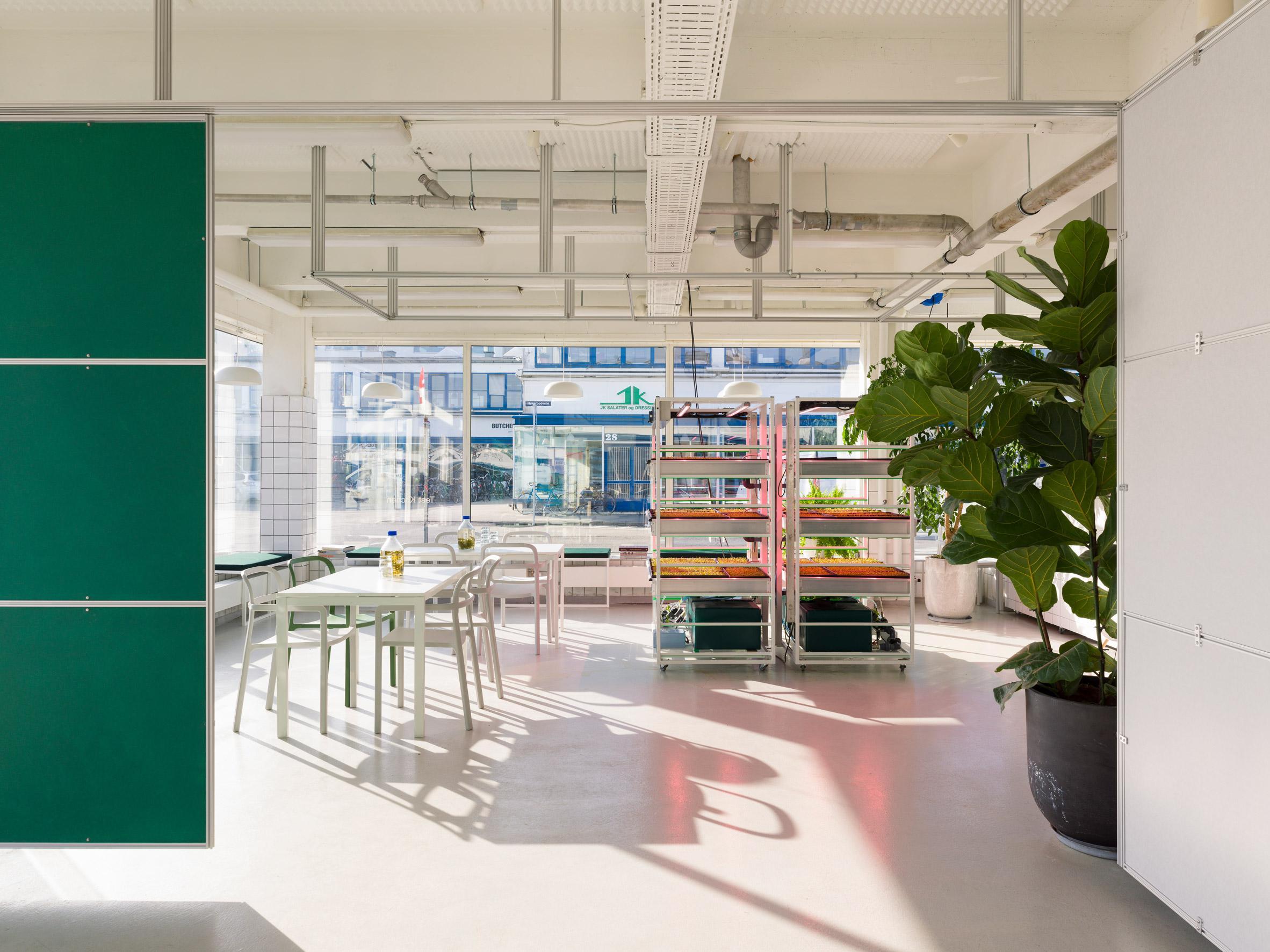 Thiết kế văn phòng 20m2 phân vùng 8