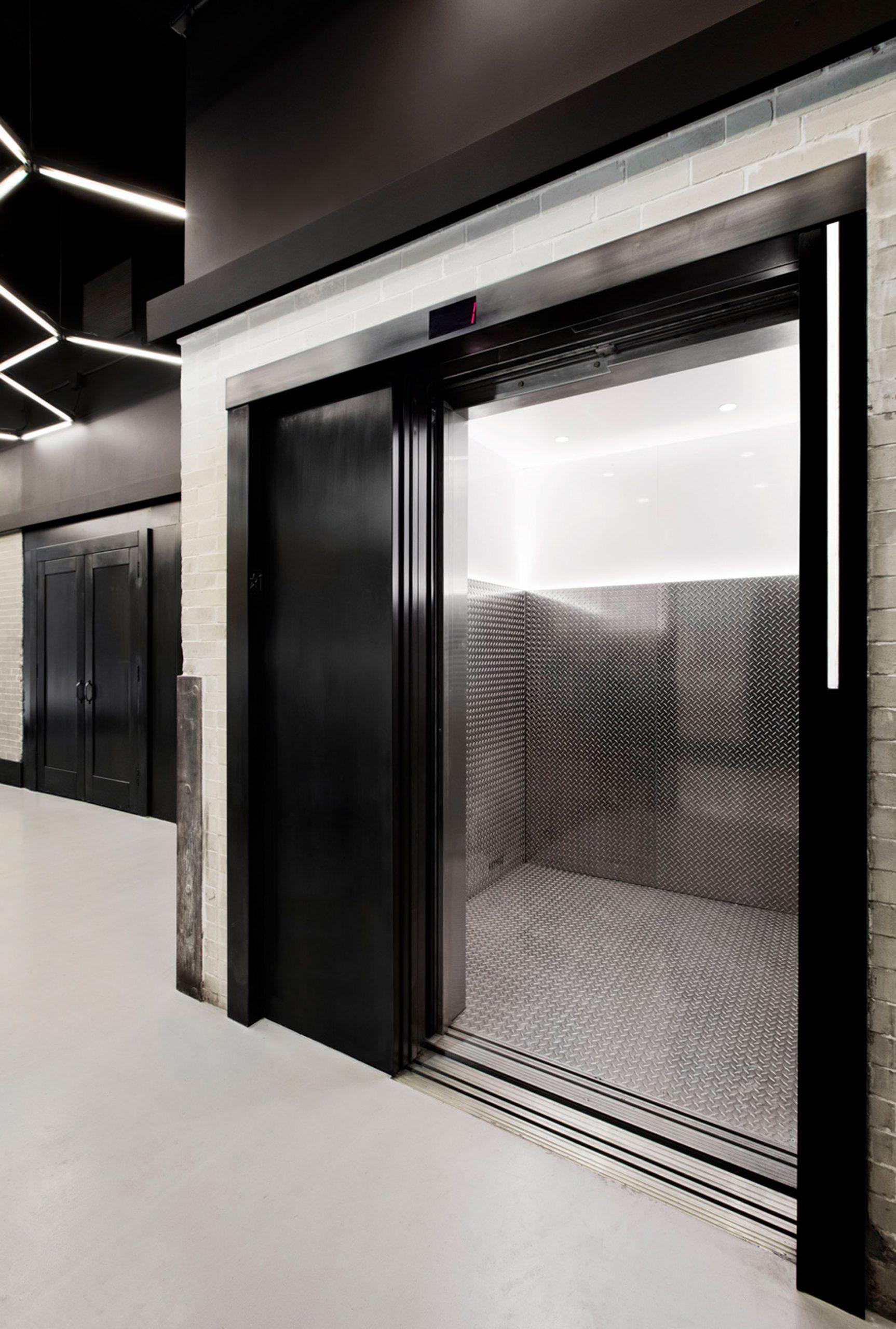 Thiết kế văn phòng hiện đại 11