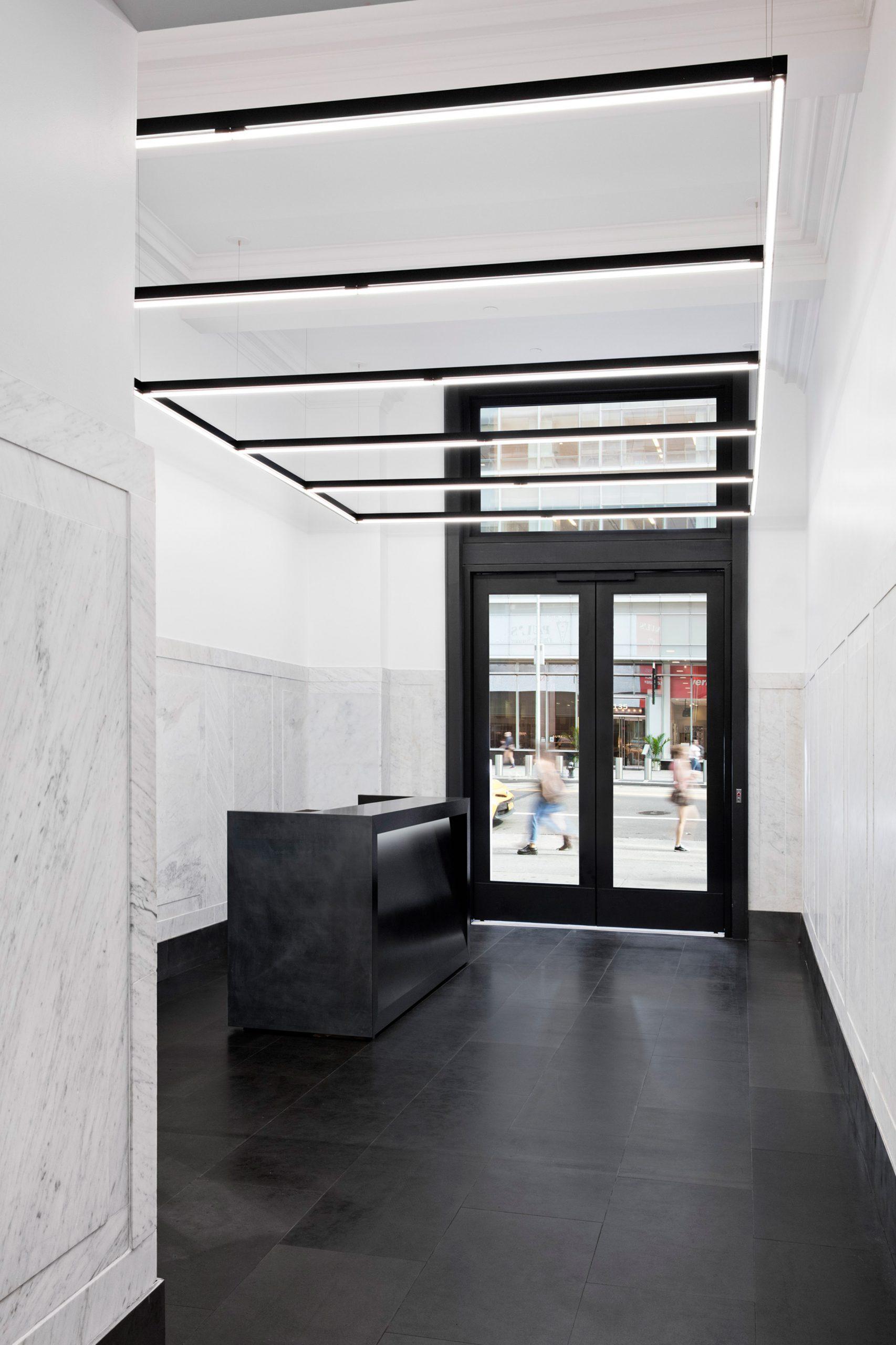 Thiết kế văn phòng hiện đại 12
