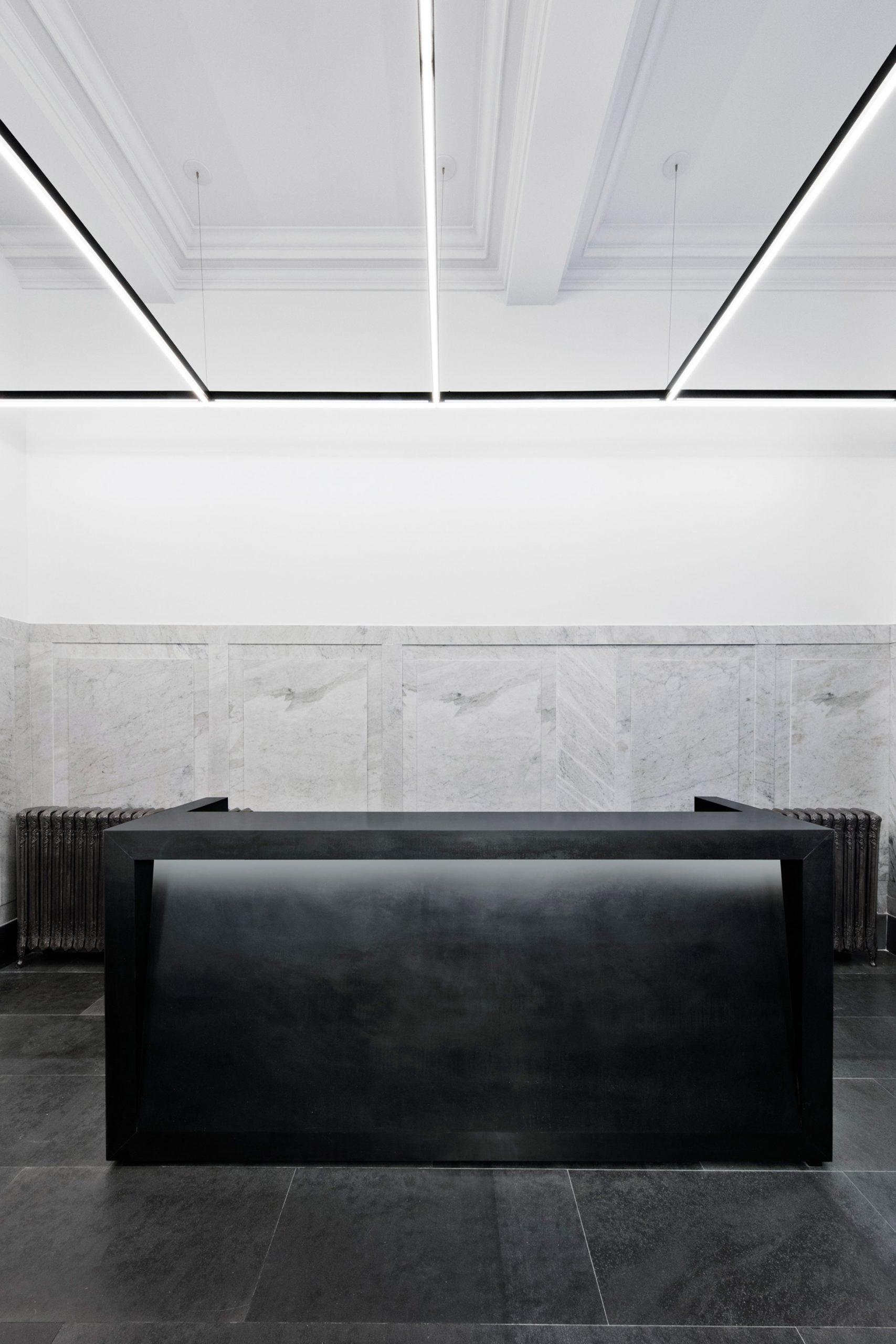 Thiết kế văn phòng hiện đại 13
