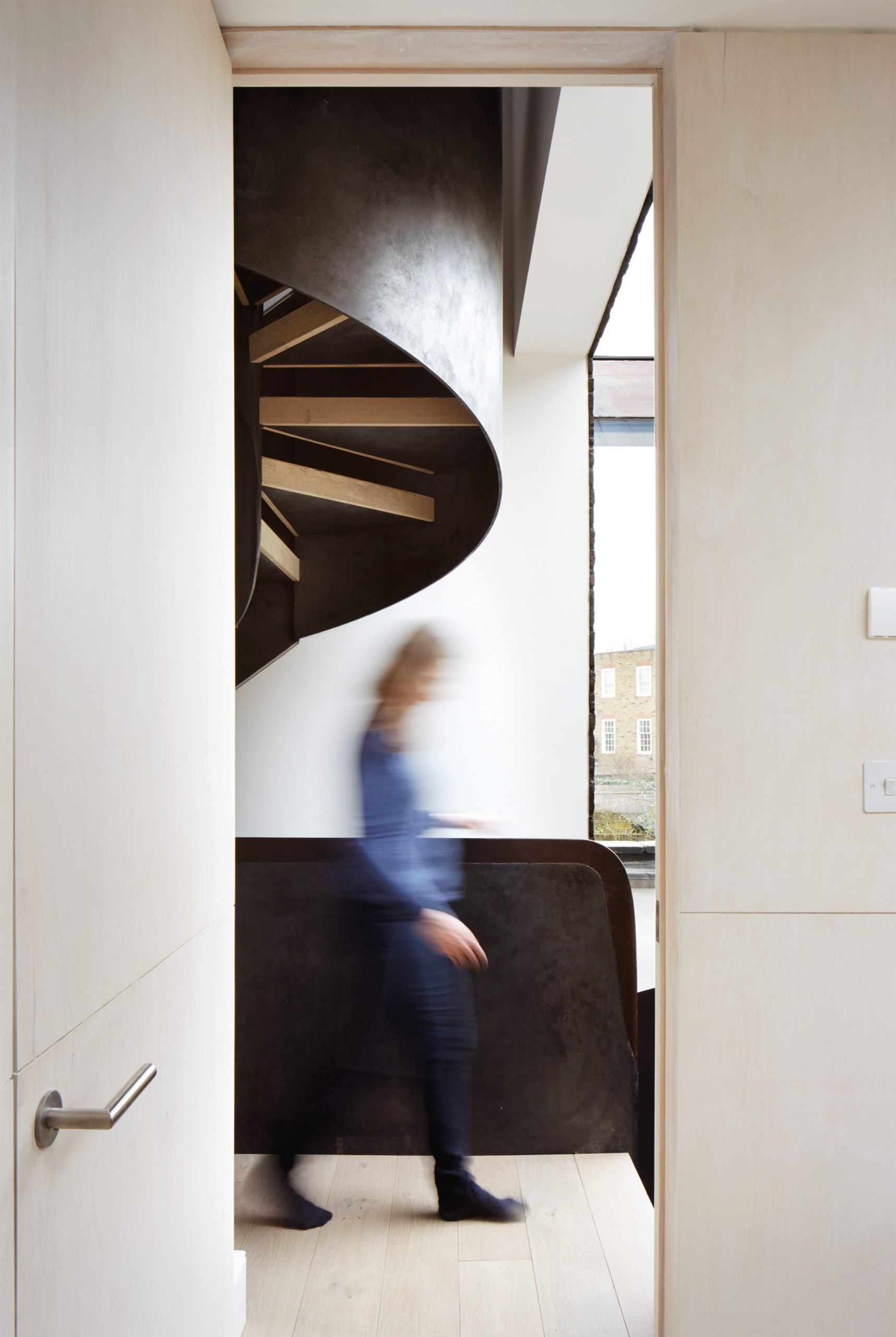 Các kiểu cầu thang tiết kiệm diện tích 6