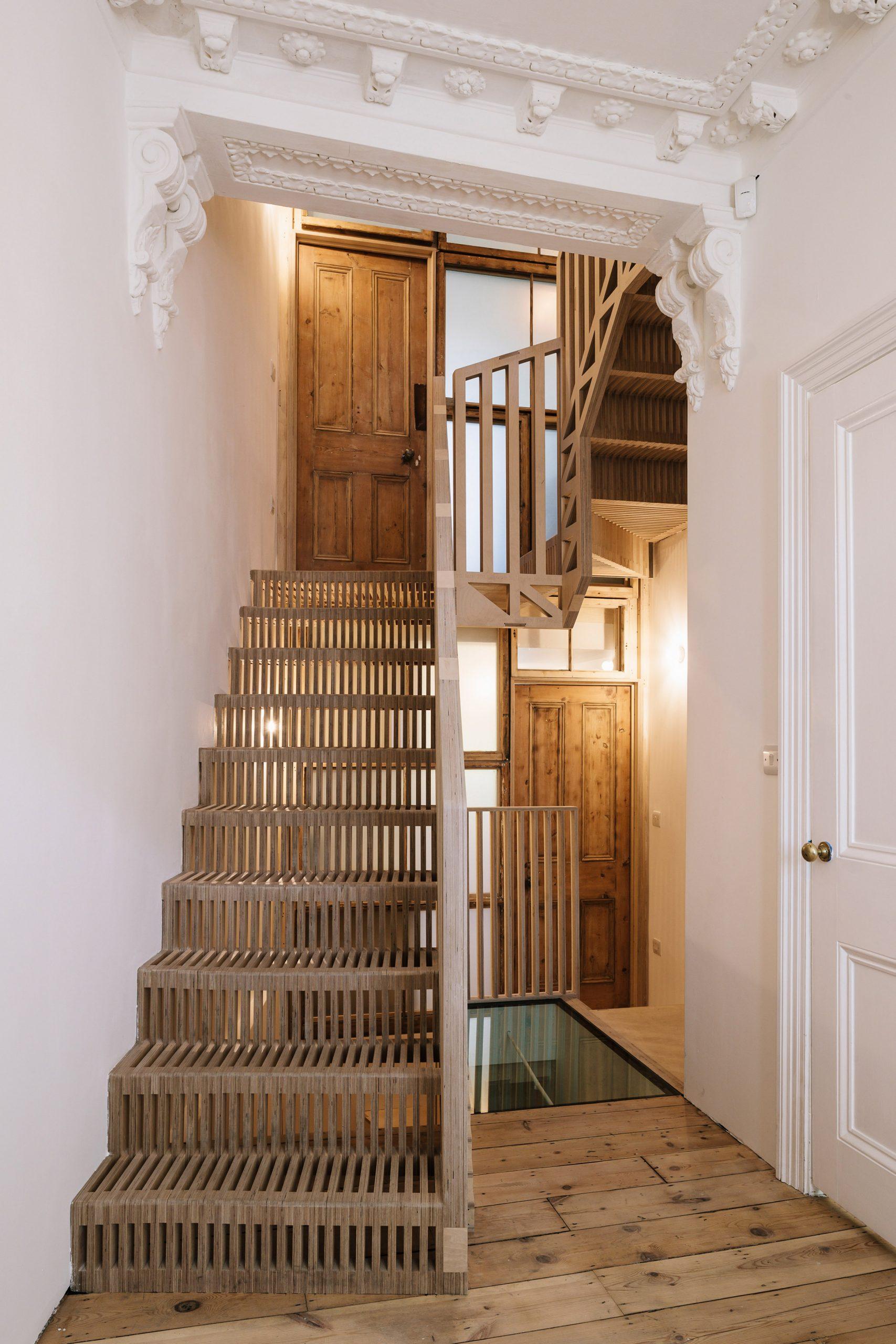 Cầu thang nhỏ 11