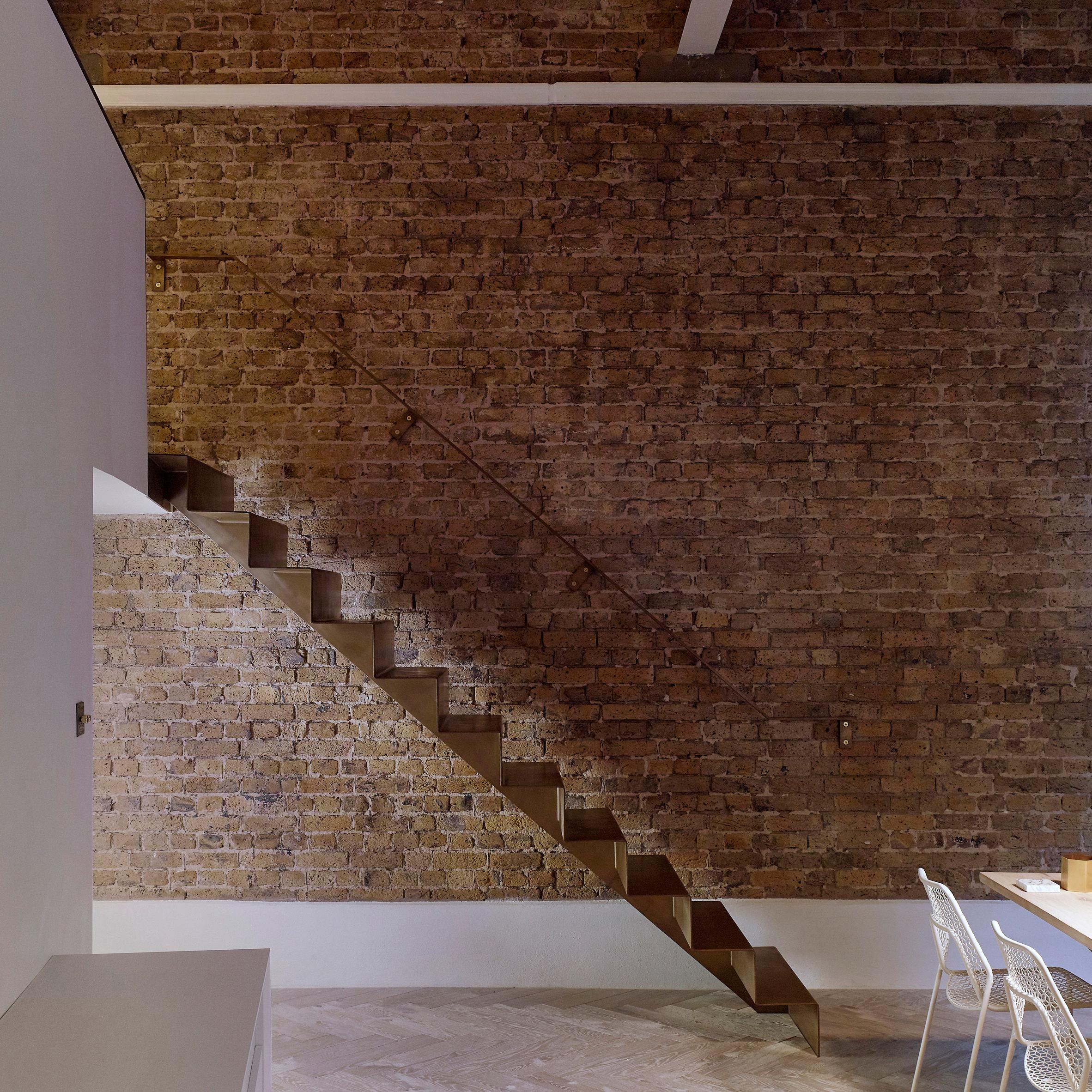 Cầu thang nhỏ 12