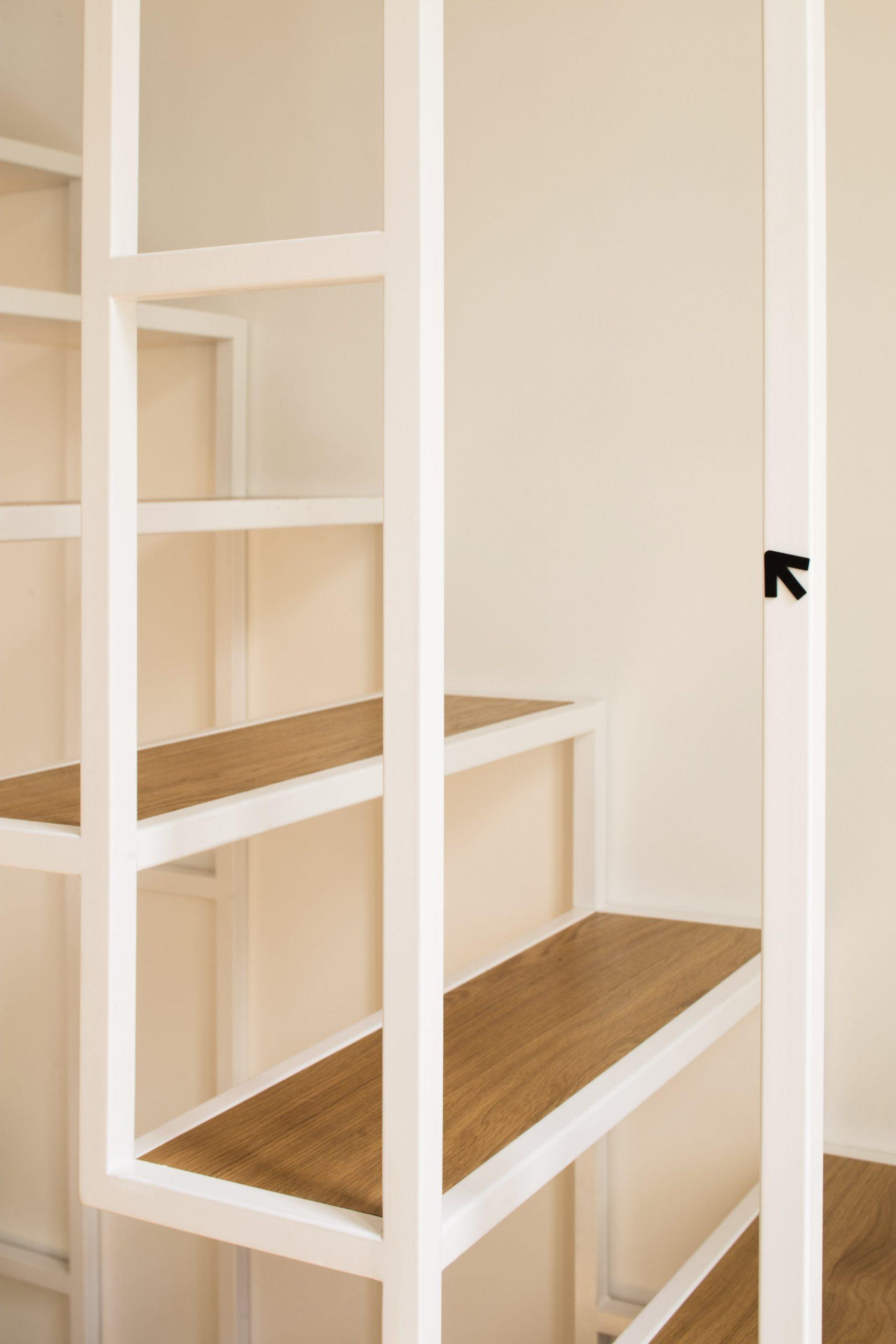Thiết kế cầu thang cho nhà nhỏ 12