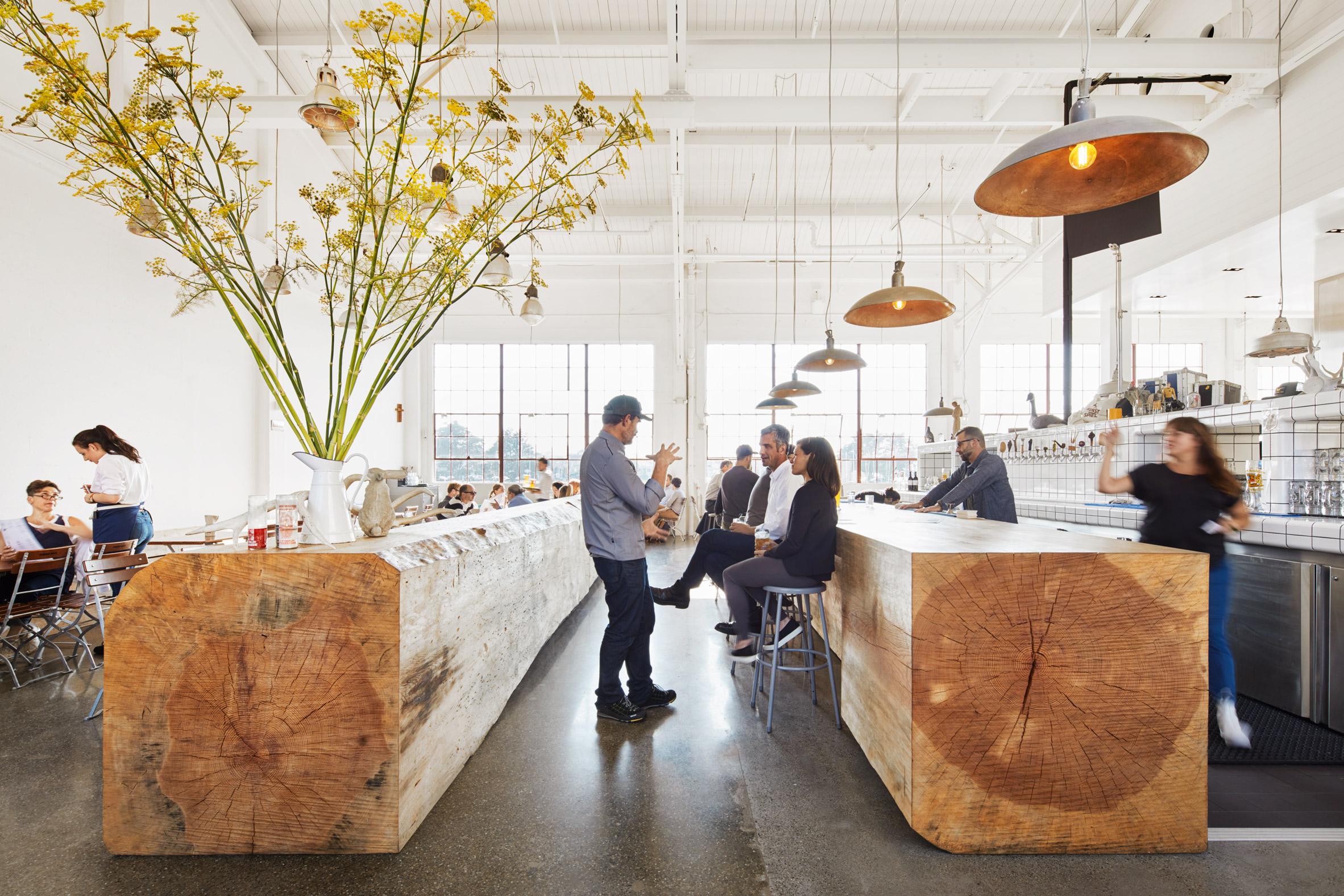 Thiết kế quán cafe80m2 2