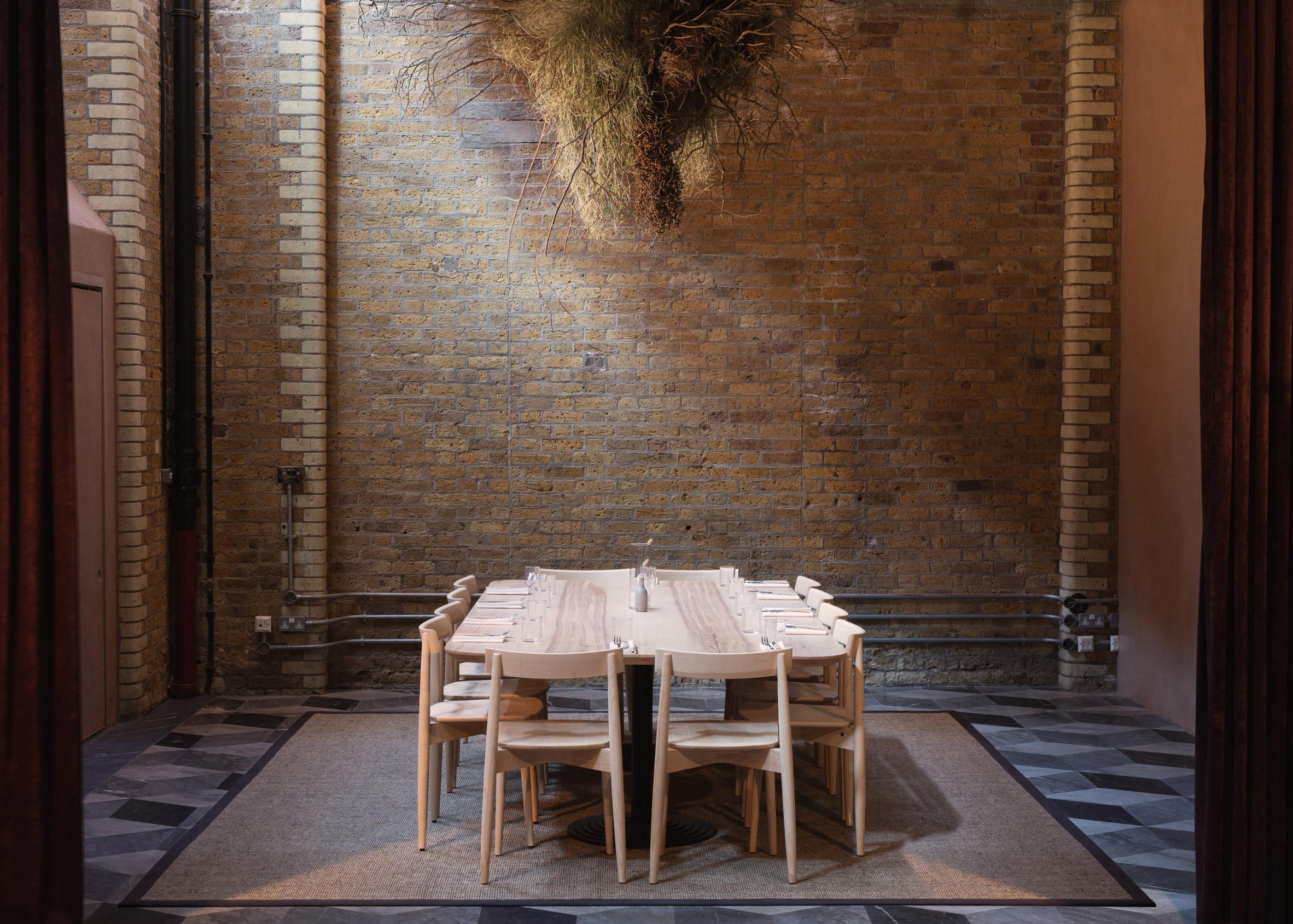 Thiết kế quán cafebằng gỗ 1