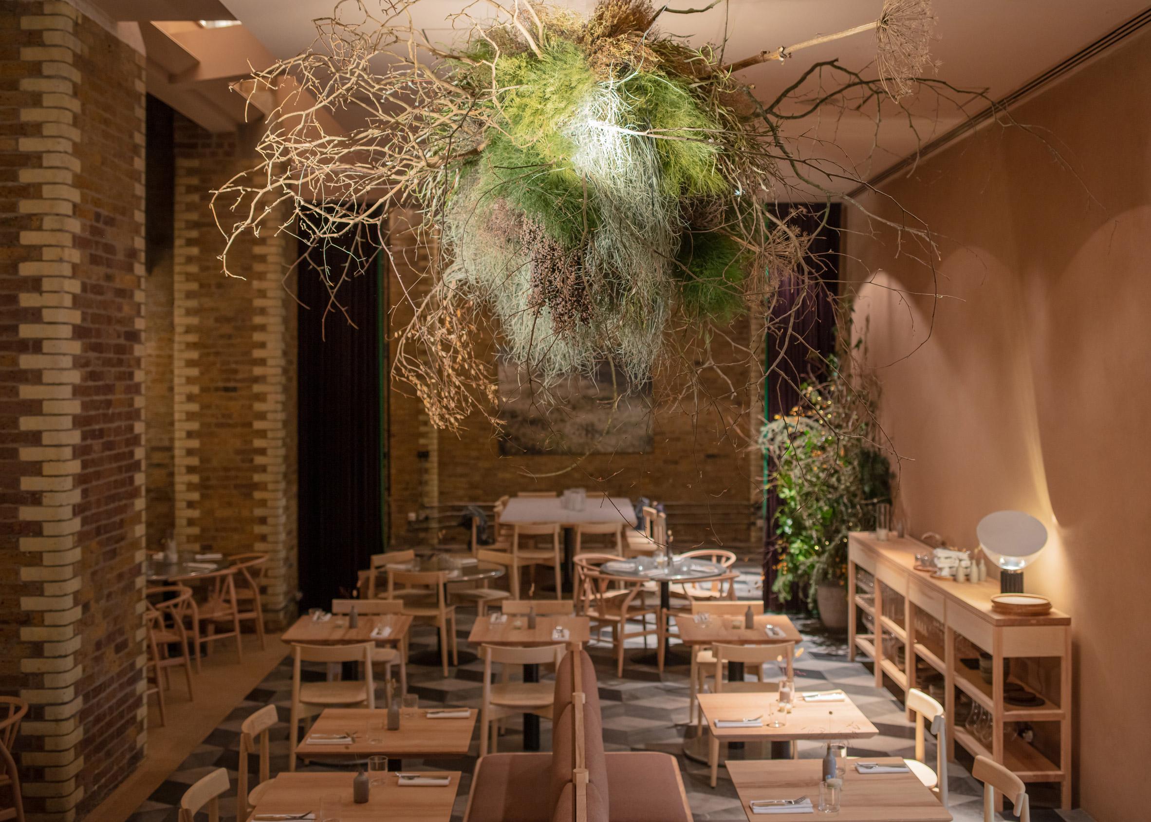 Thiết kế quán cafebằng gỗ 11