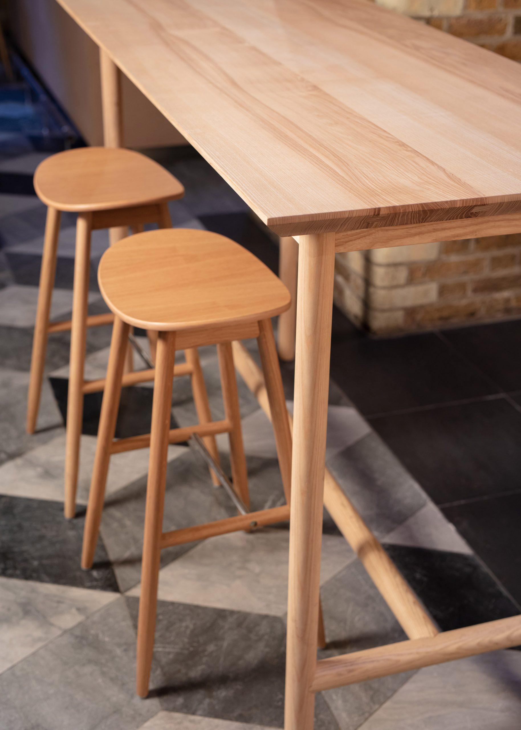 Thiết kế quán cafebằng gỗ 16