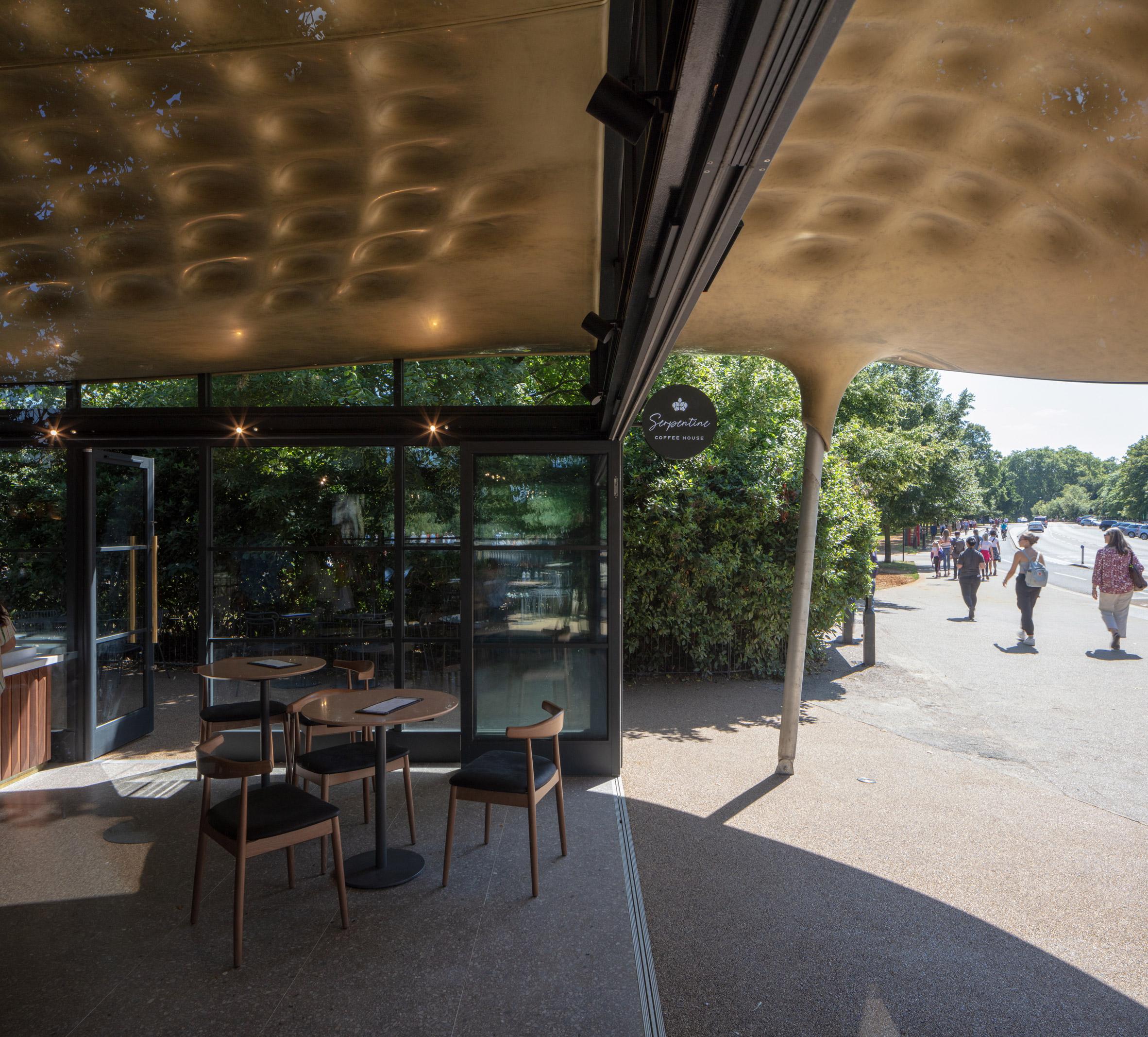 Thiết kế quán cafecóc 15