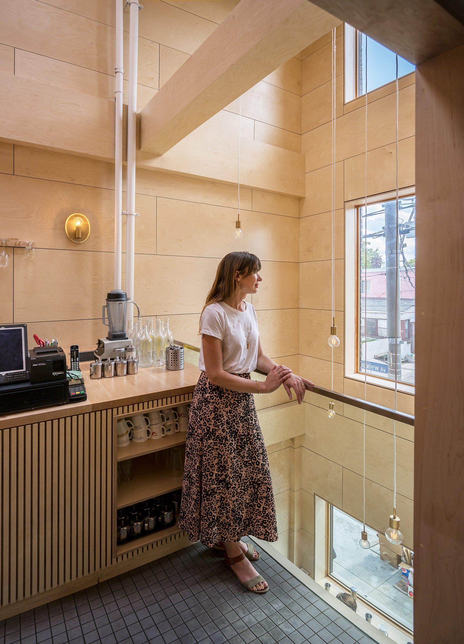 Thiết kế quán cafemặt tiền 5m 5