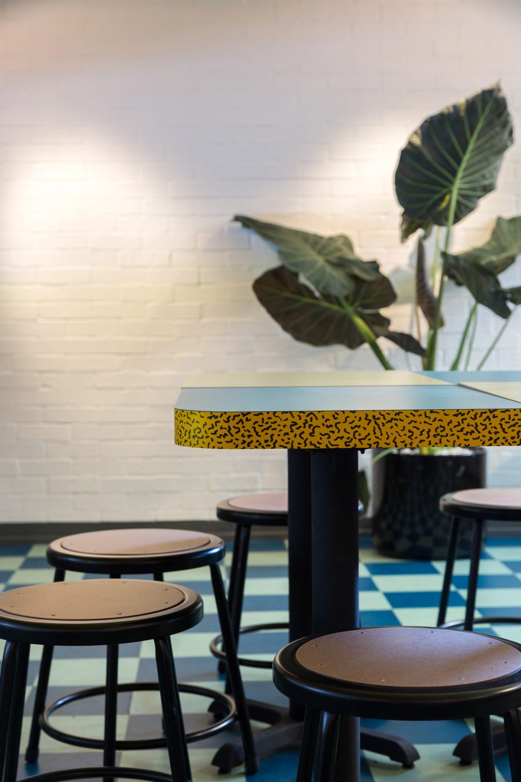 Thiết kế quán cafenhà ống 21