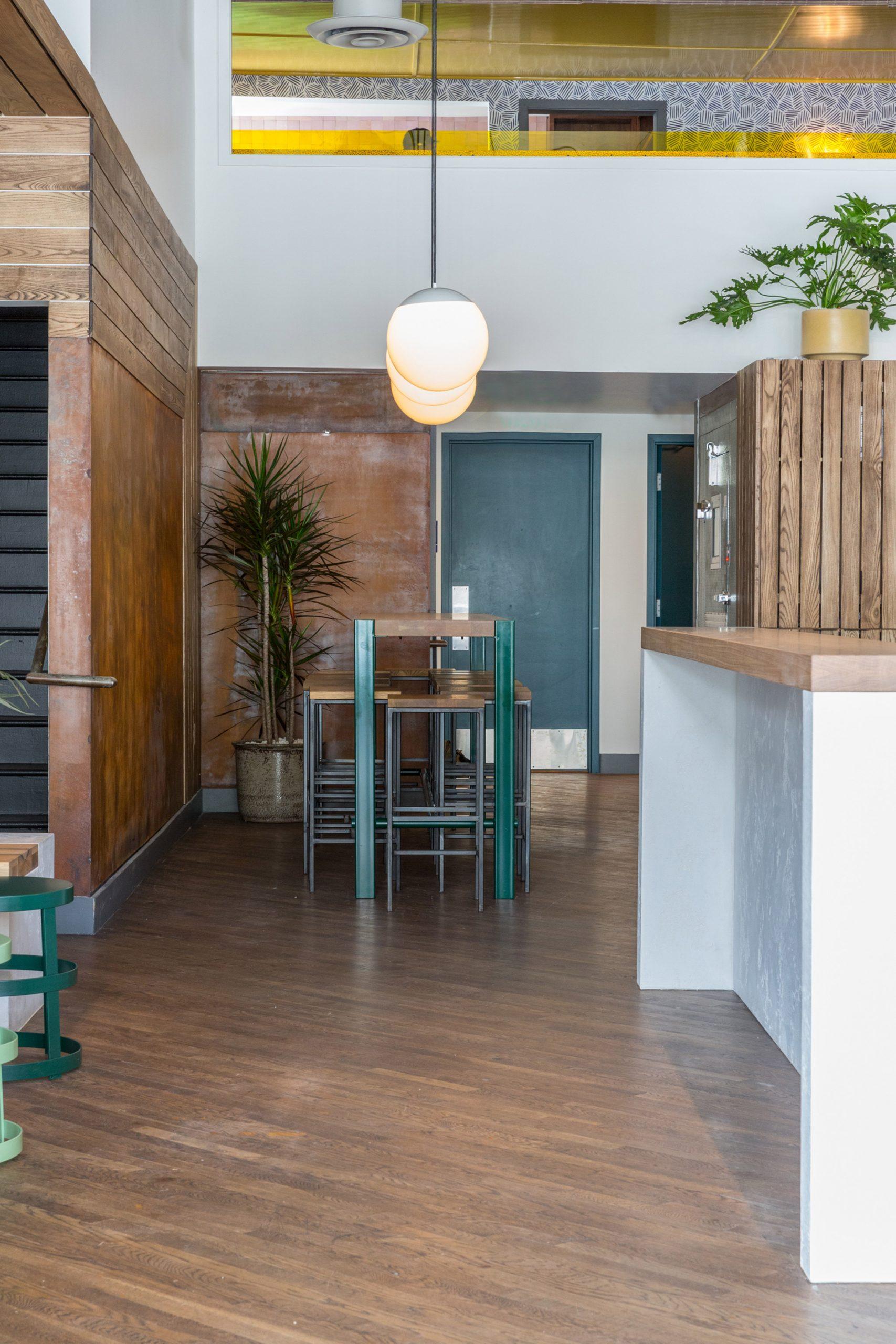 Thiết kế quán cafenhà ống 5