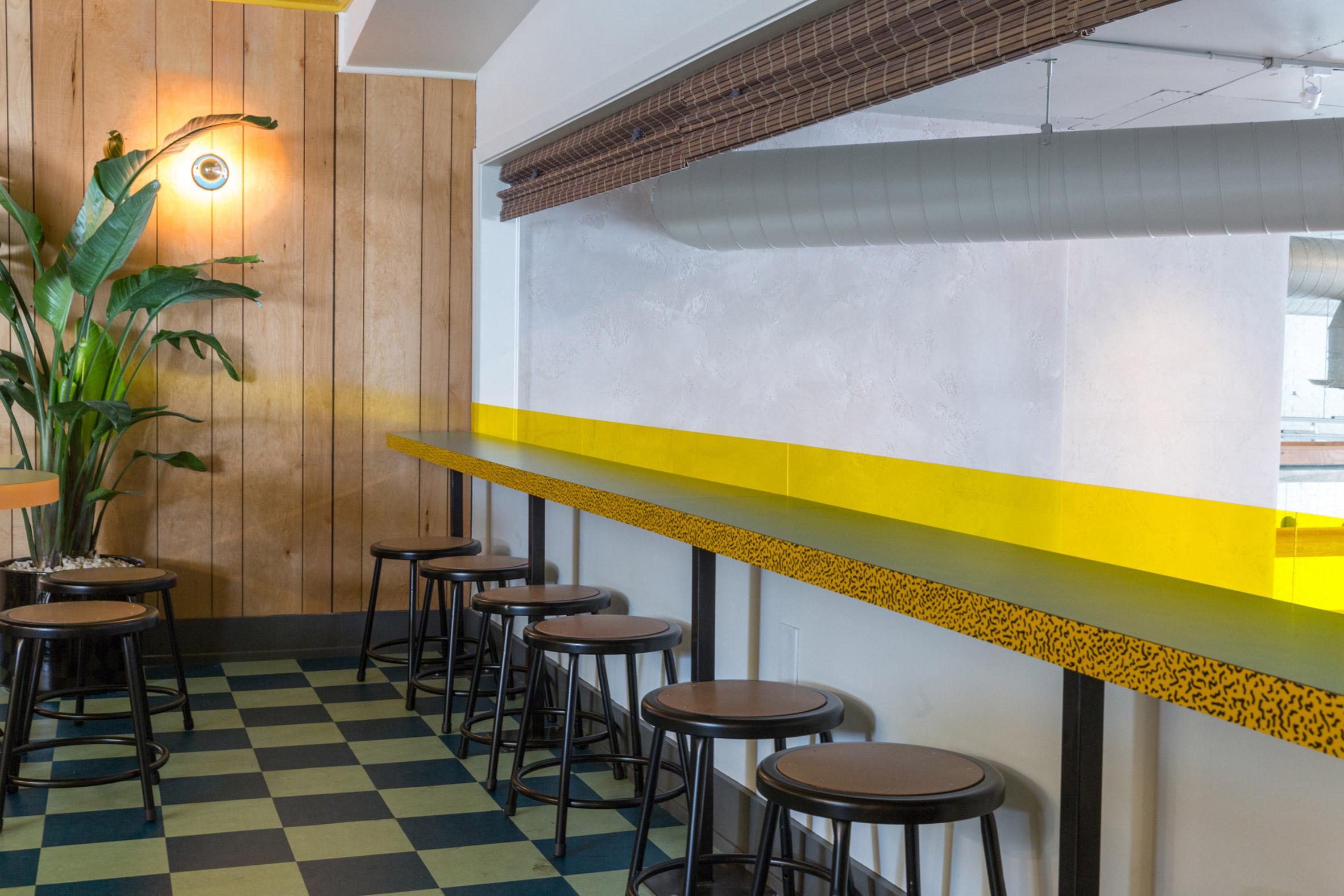 Thiết kế quán cafenhà ống 7