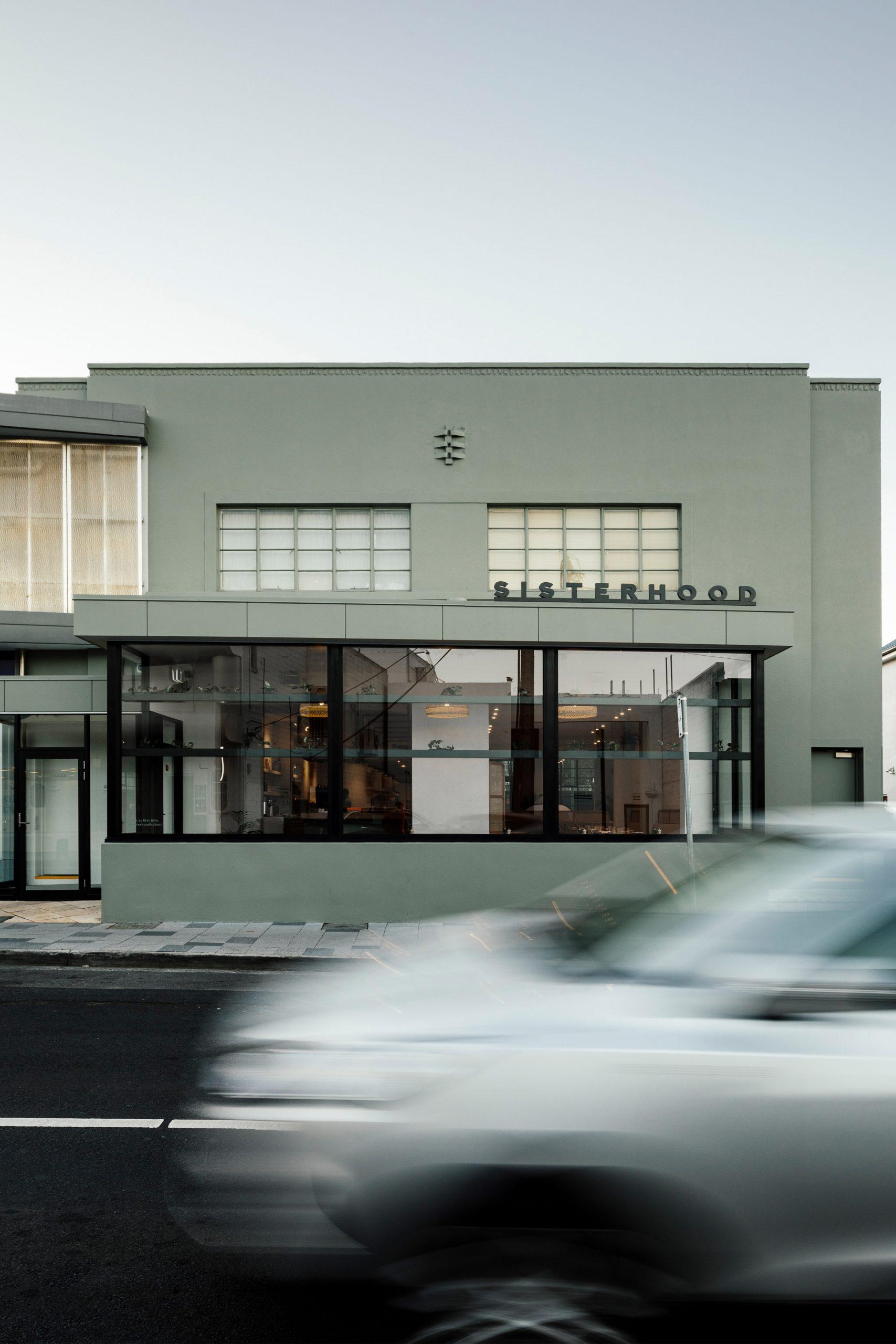 Thiết kế quán cafenhỏ đẹp 7