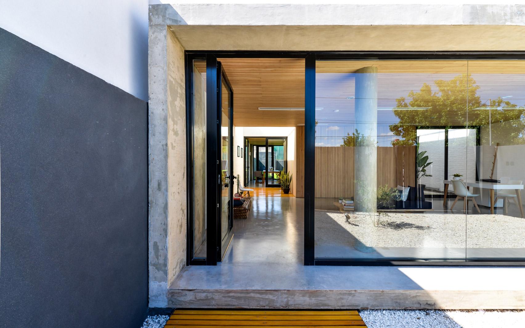 Mẫu nhà gỗ hiện đại 2