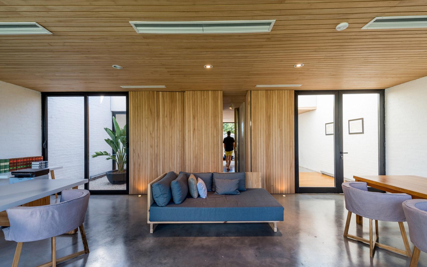 Mẫu nhà gỗ hiện đại 5