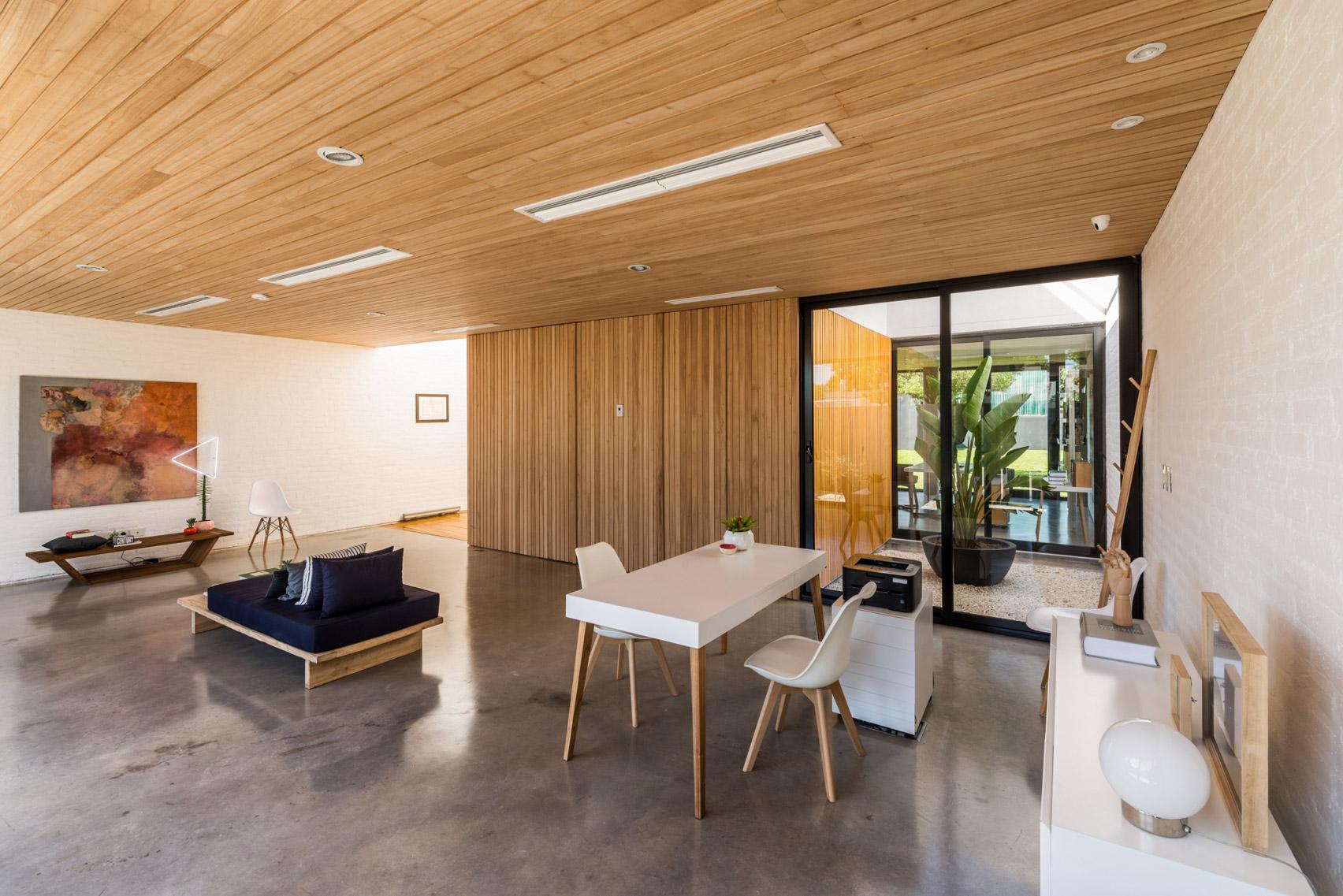 Mẫu nhà gỗ hiện đại 6