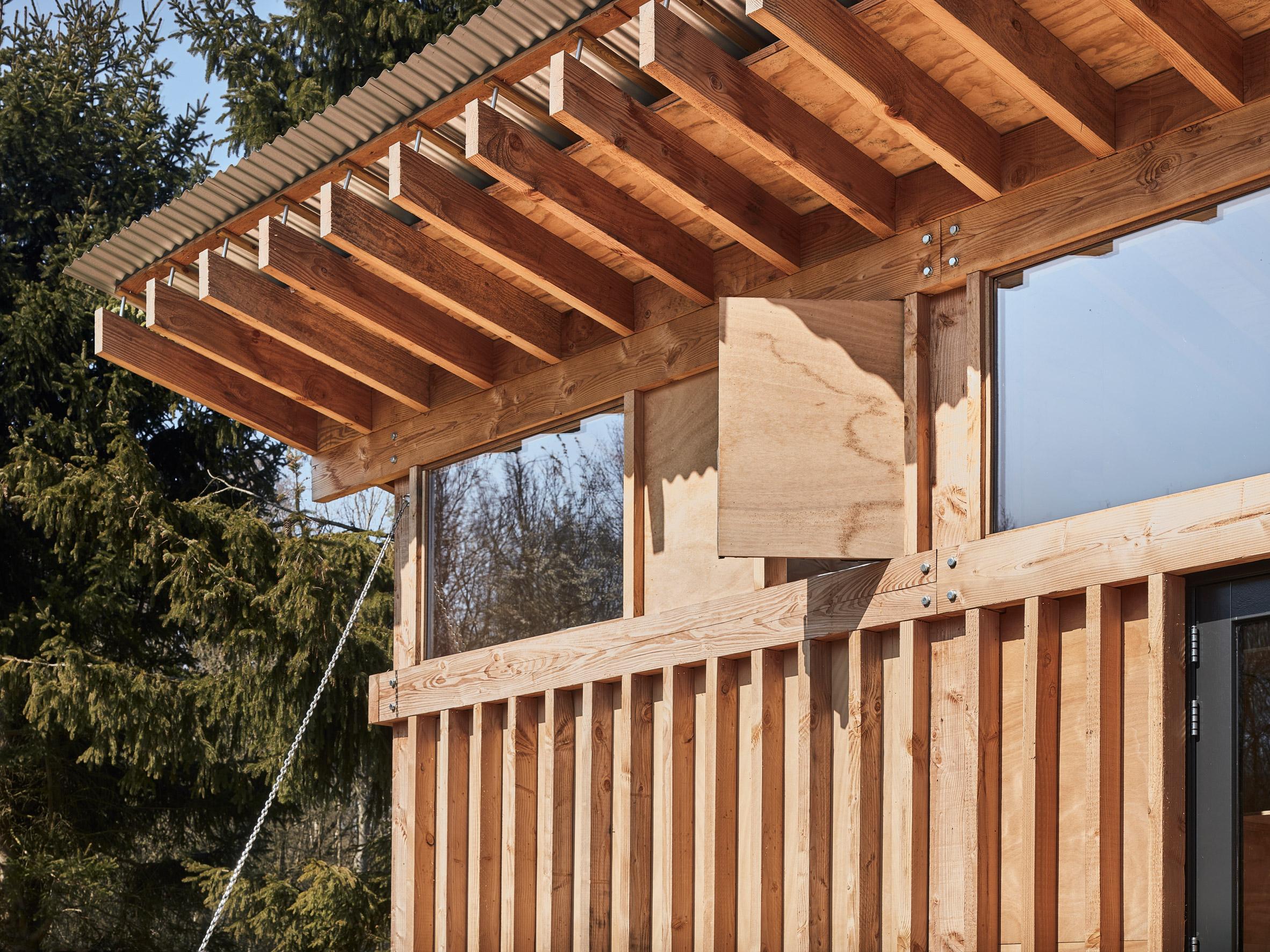 Mẫu nhà gỗ nhỏ đẹp 12
