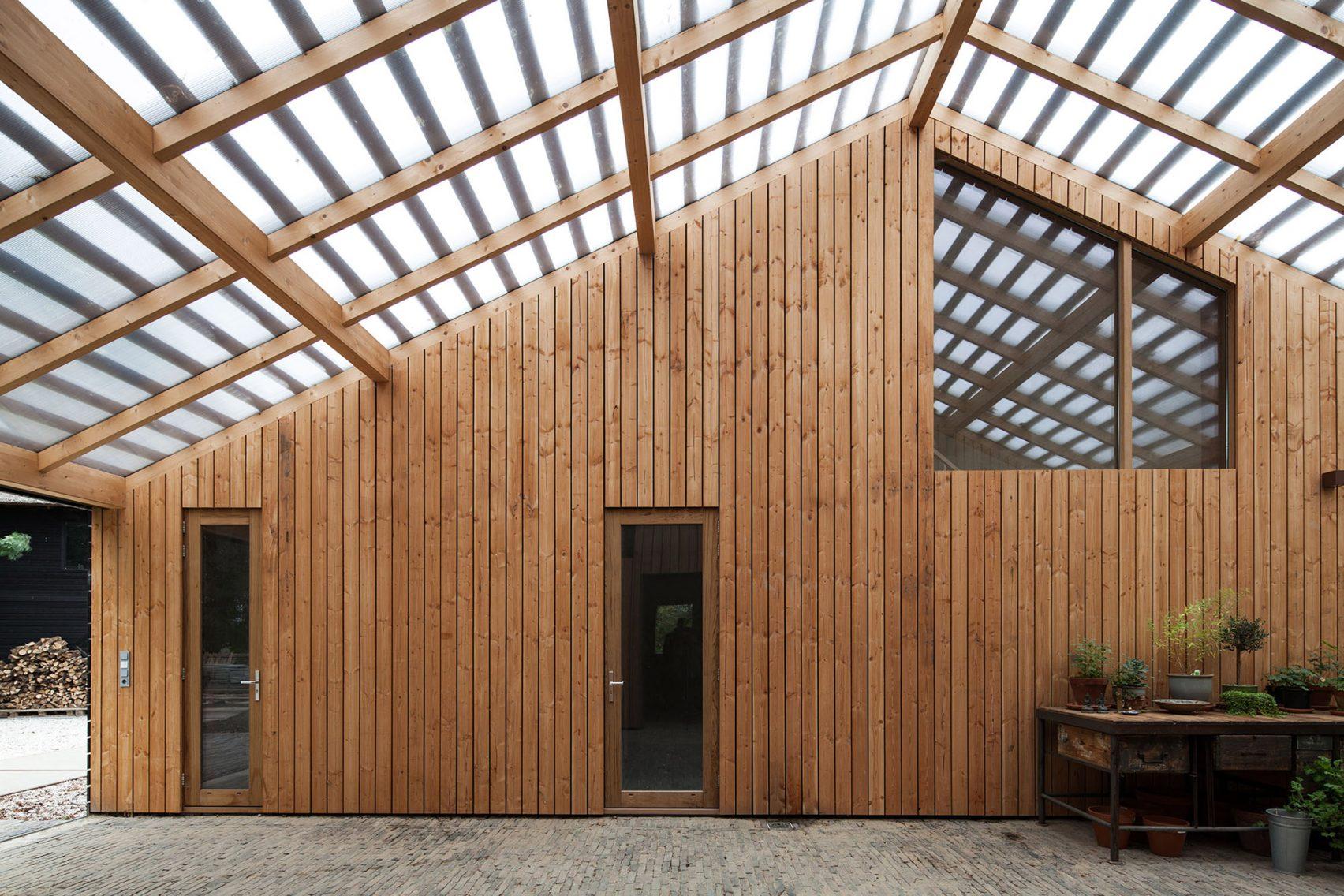 Nhà gỗ cấp 4 hiện đại 1