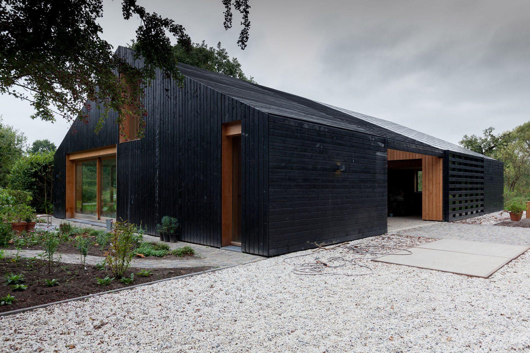 Nhà gỗ cấp 4 hiện đại 5