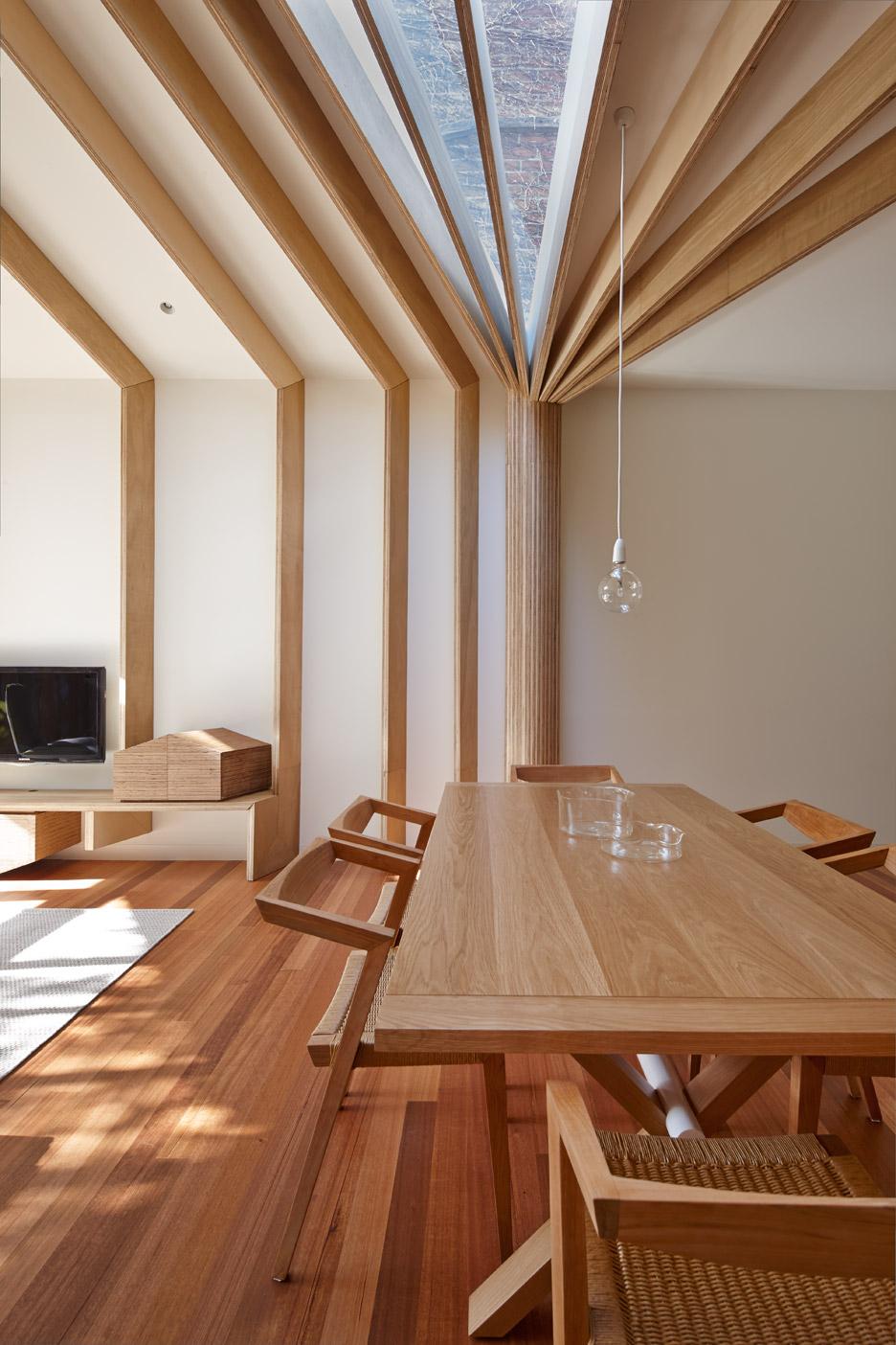 Nhà gỗ thông minh 4