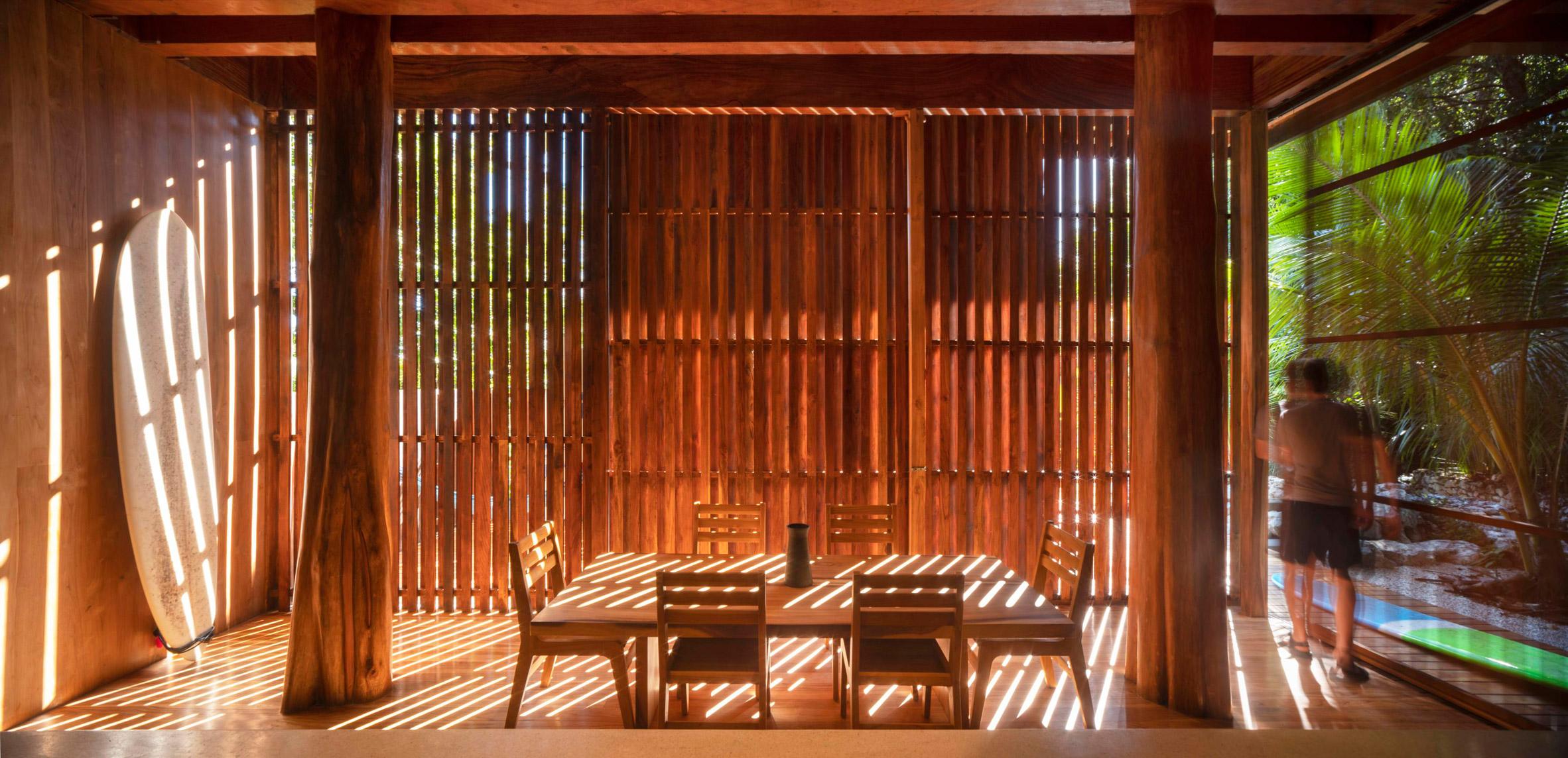 Nhà sàn gỗ hiện đại 6