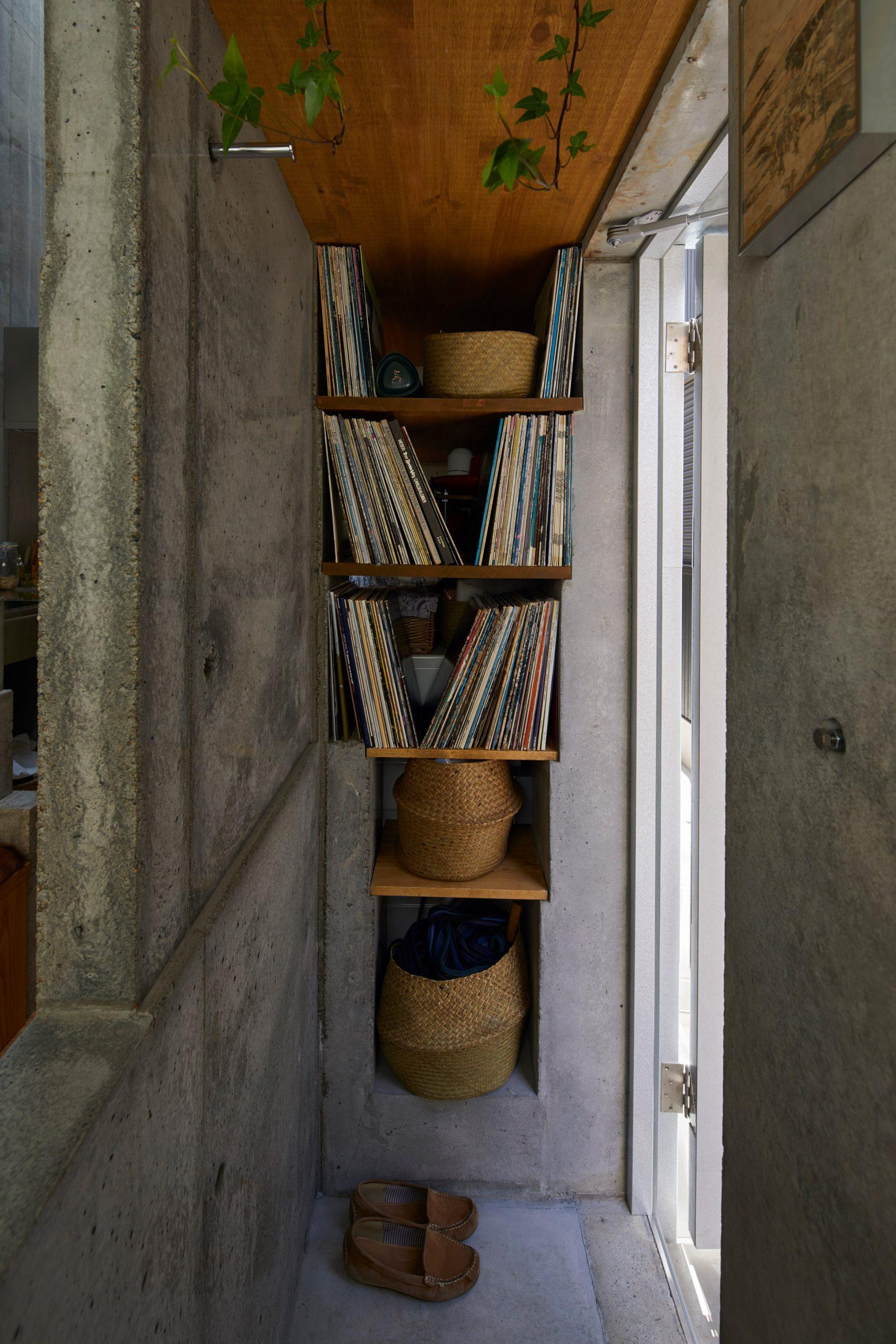 Phòng khách nhà ống 3m 14