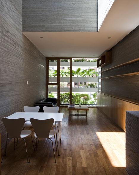 Phòng khách nhà ống 8