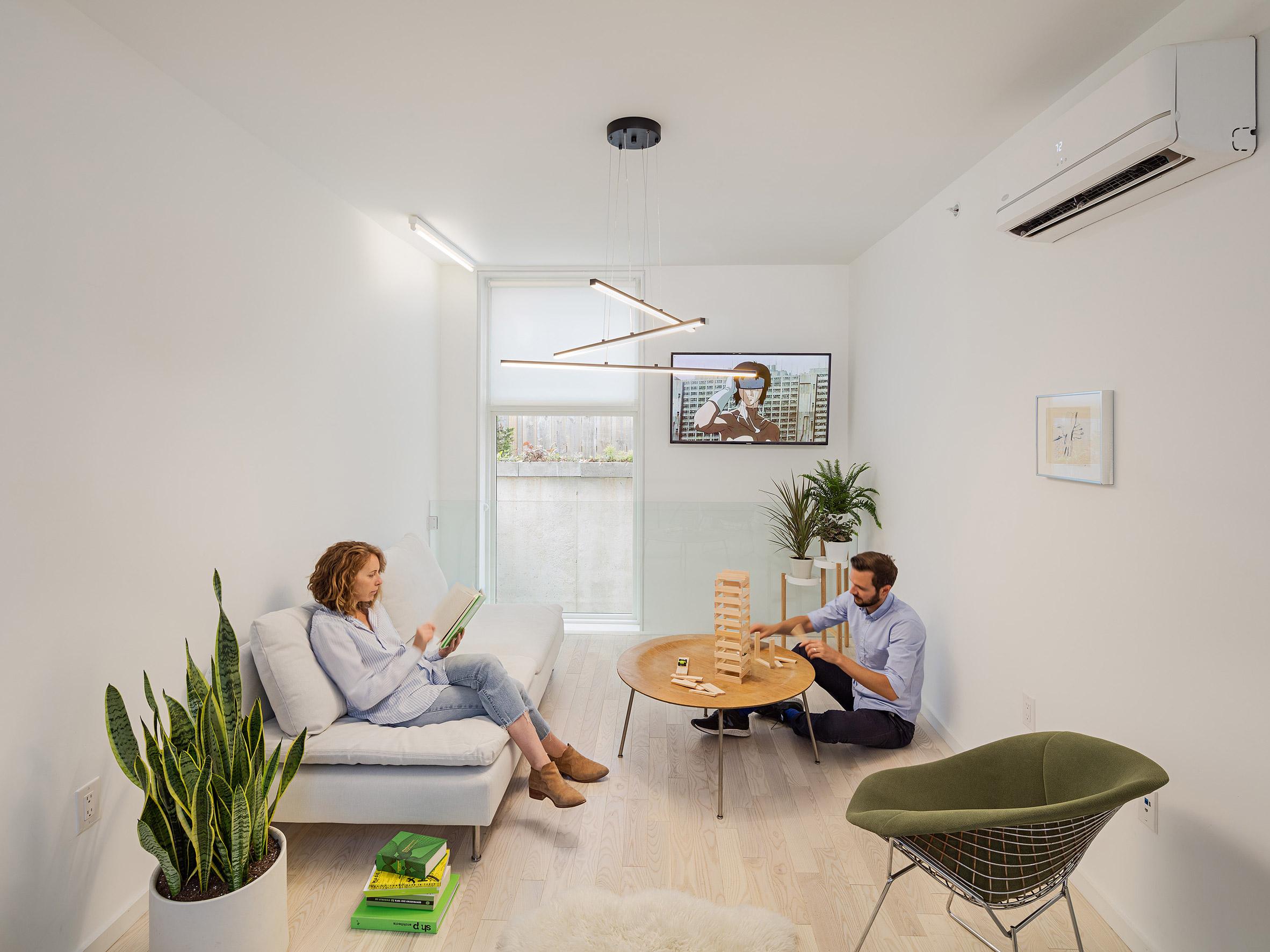 Phòng khách nhà ống hiện đại 4