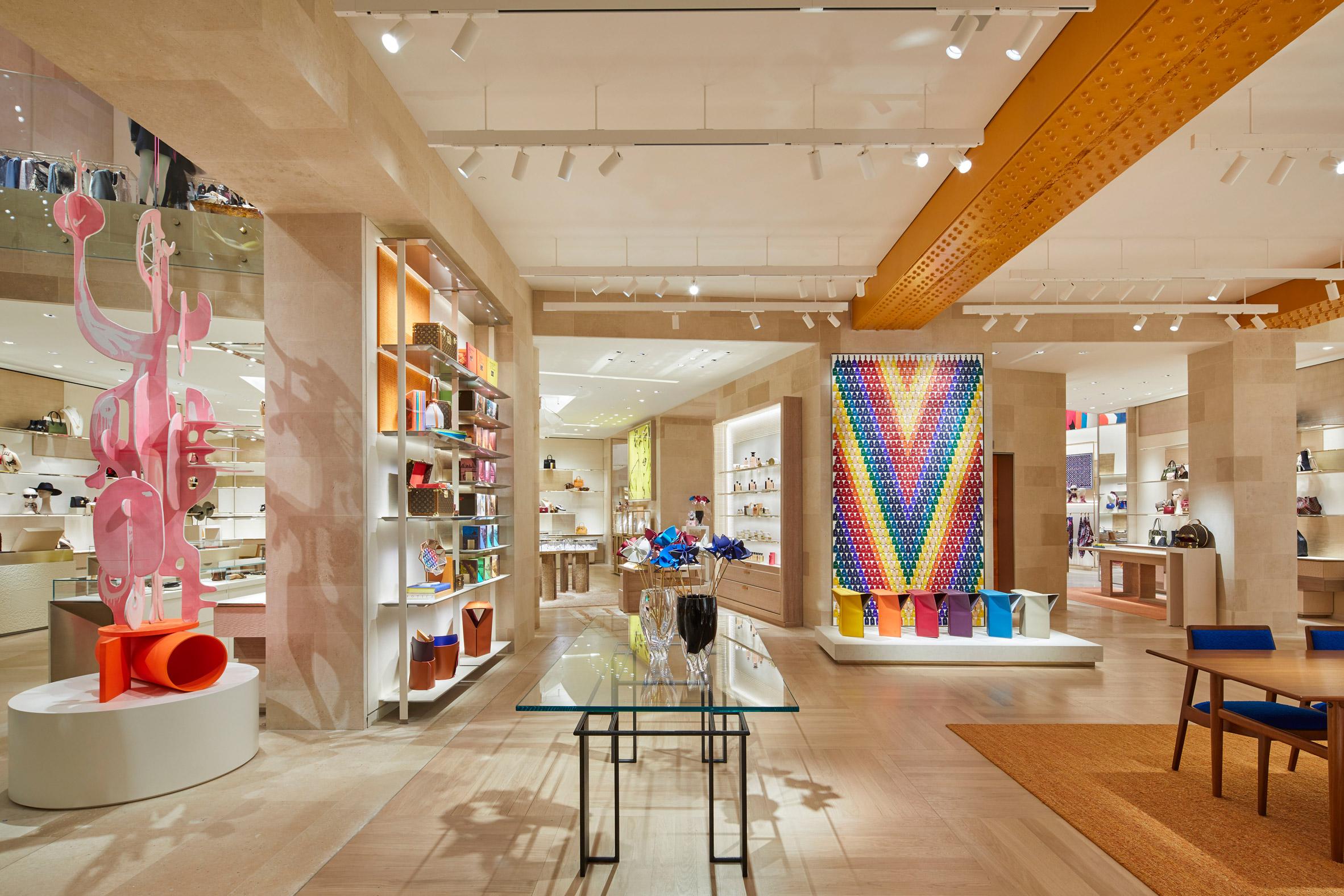 Thiết kế ánh sáng cho cửa hàng thời trang 4