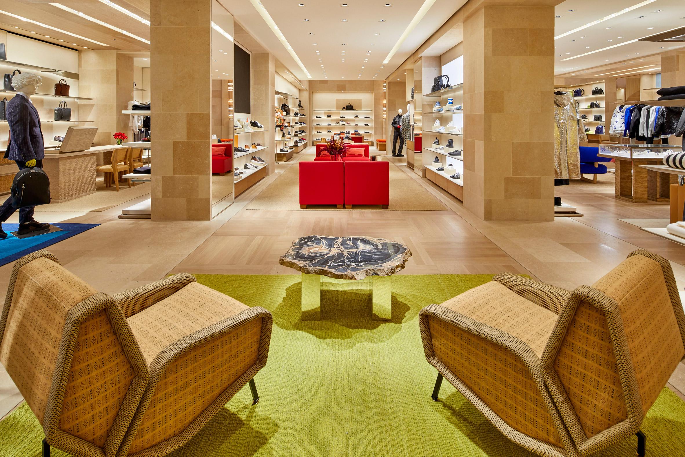 Thiết kế ánh sáng cho cửa hàng thời trang 7