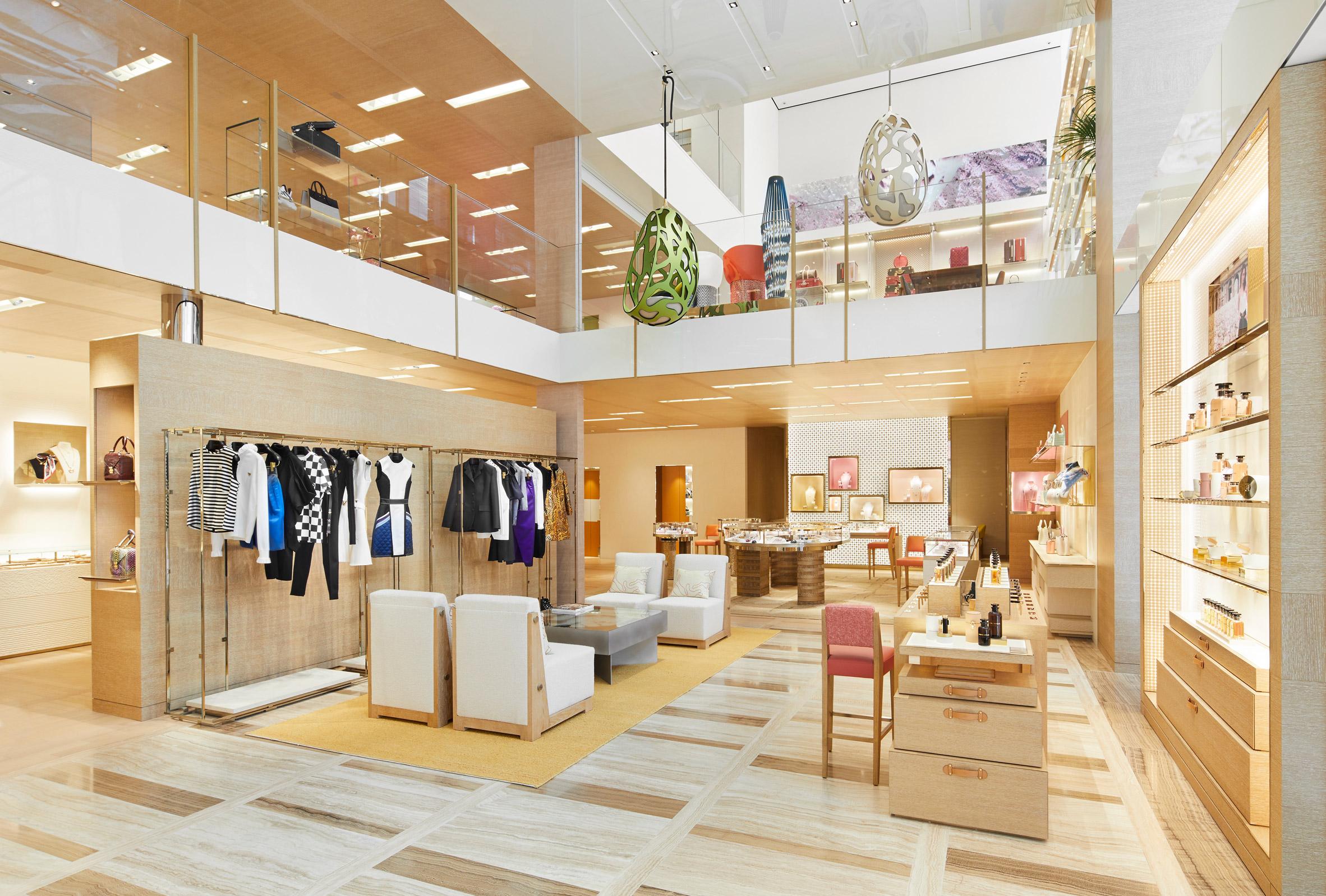 Thiết kế nội thất shop thời trang 3