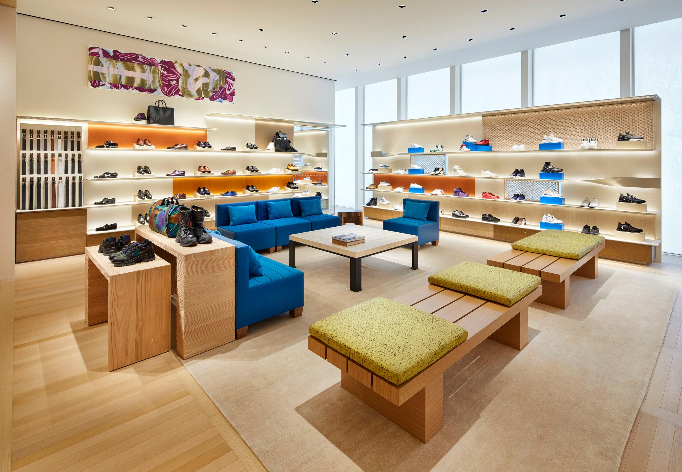 Thiết kế nội thất shop thời trang 5