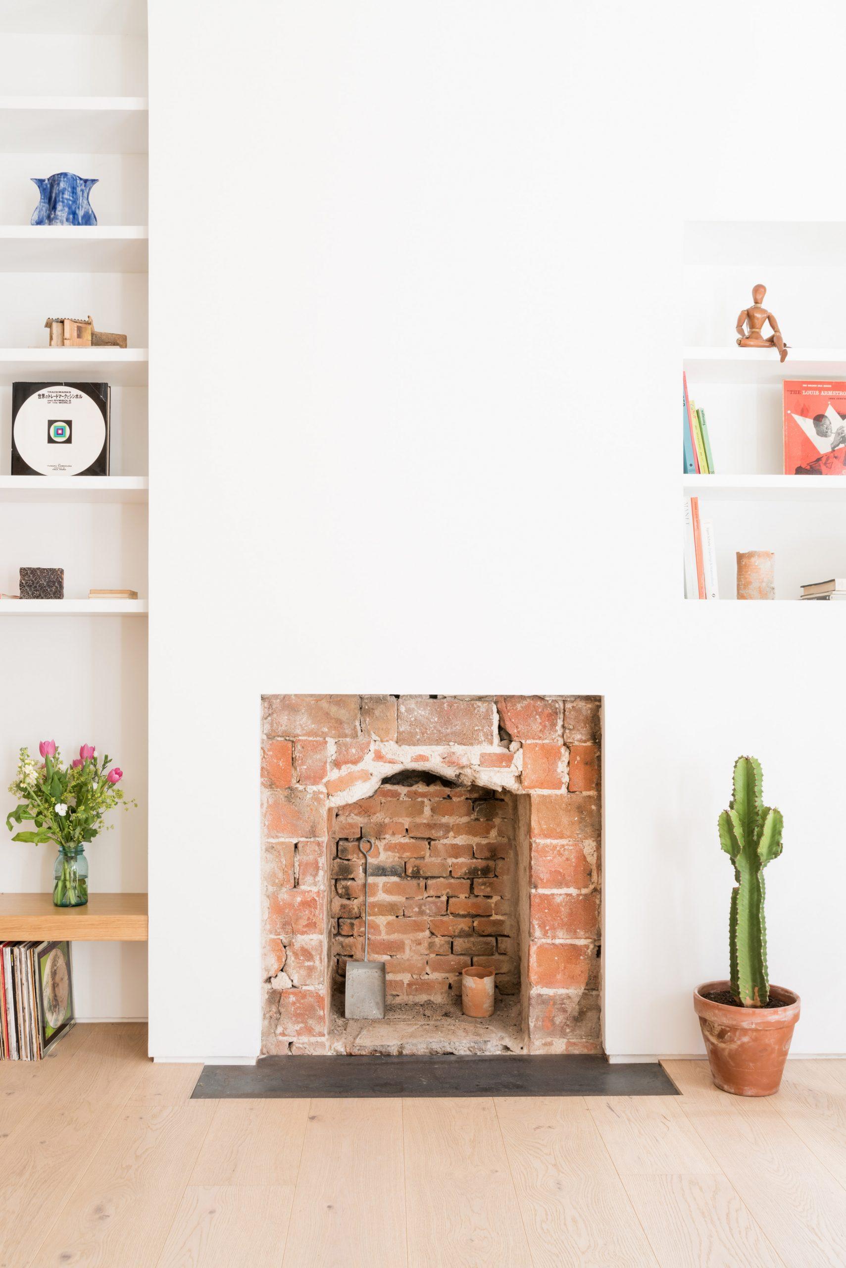 Thiết kế phòng khách chung cư đơn giản 15